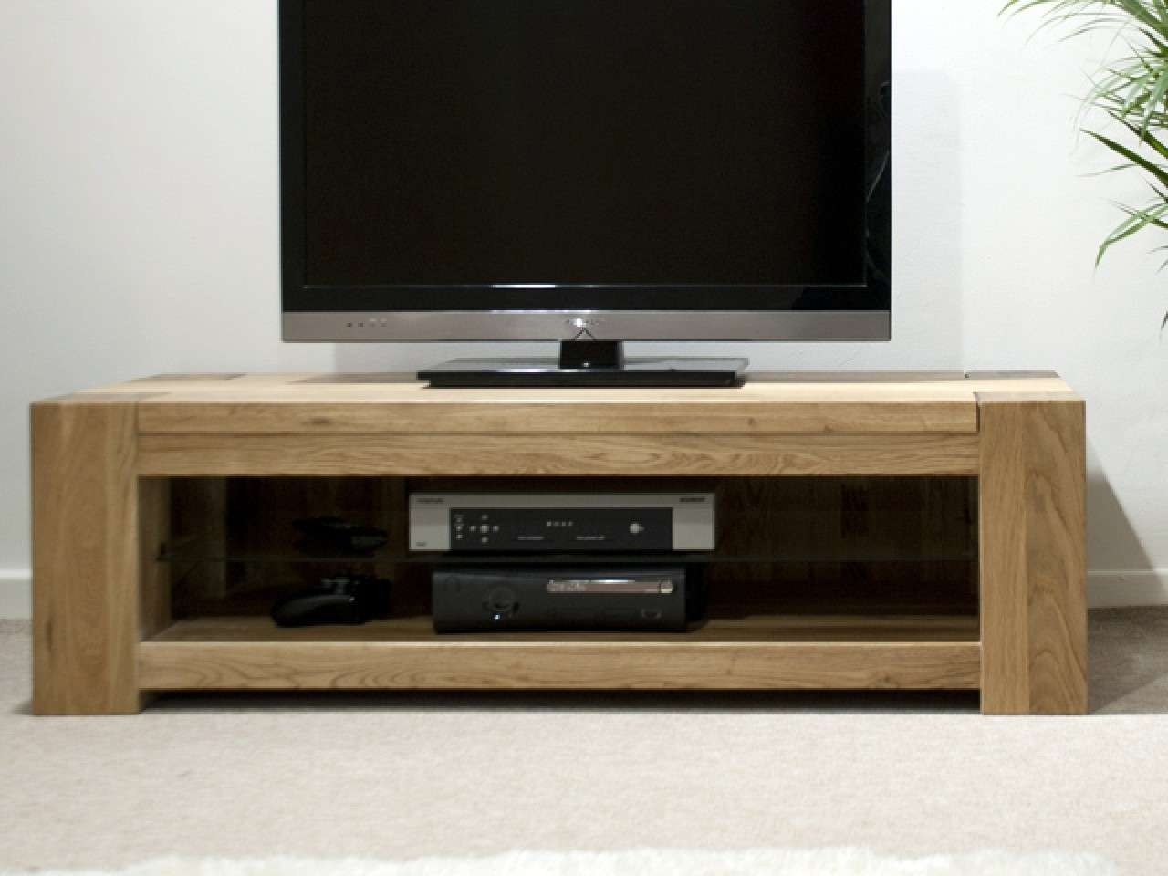 Innovative Designs Oak Tv Console | Marku Home Design With Oak Tv Cabinets For Flat Screens (View 6 of 20)