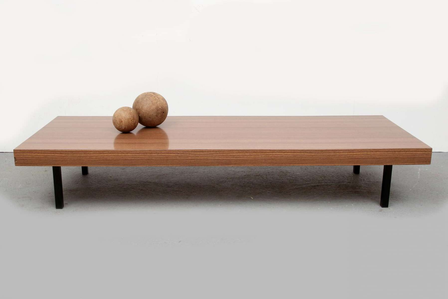 Japanese Style Low Coffee Table 1960S For Sale At Pamono Desi / Thippo Regarding Latest Low Japanese Style Coffee Tables (Gallery 1 of 20)