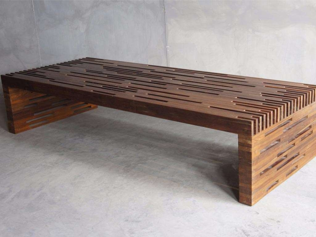 Low Rectangular Coffee Table (View 2 of 20)