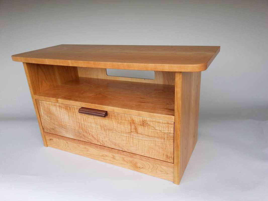 Maple Tv Stands For Flat Screens Tags : 31 Fearsome Maple Tv Stand Pertaining To Maple Tv Cabinets (View 14 of 20)