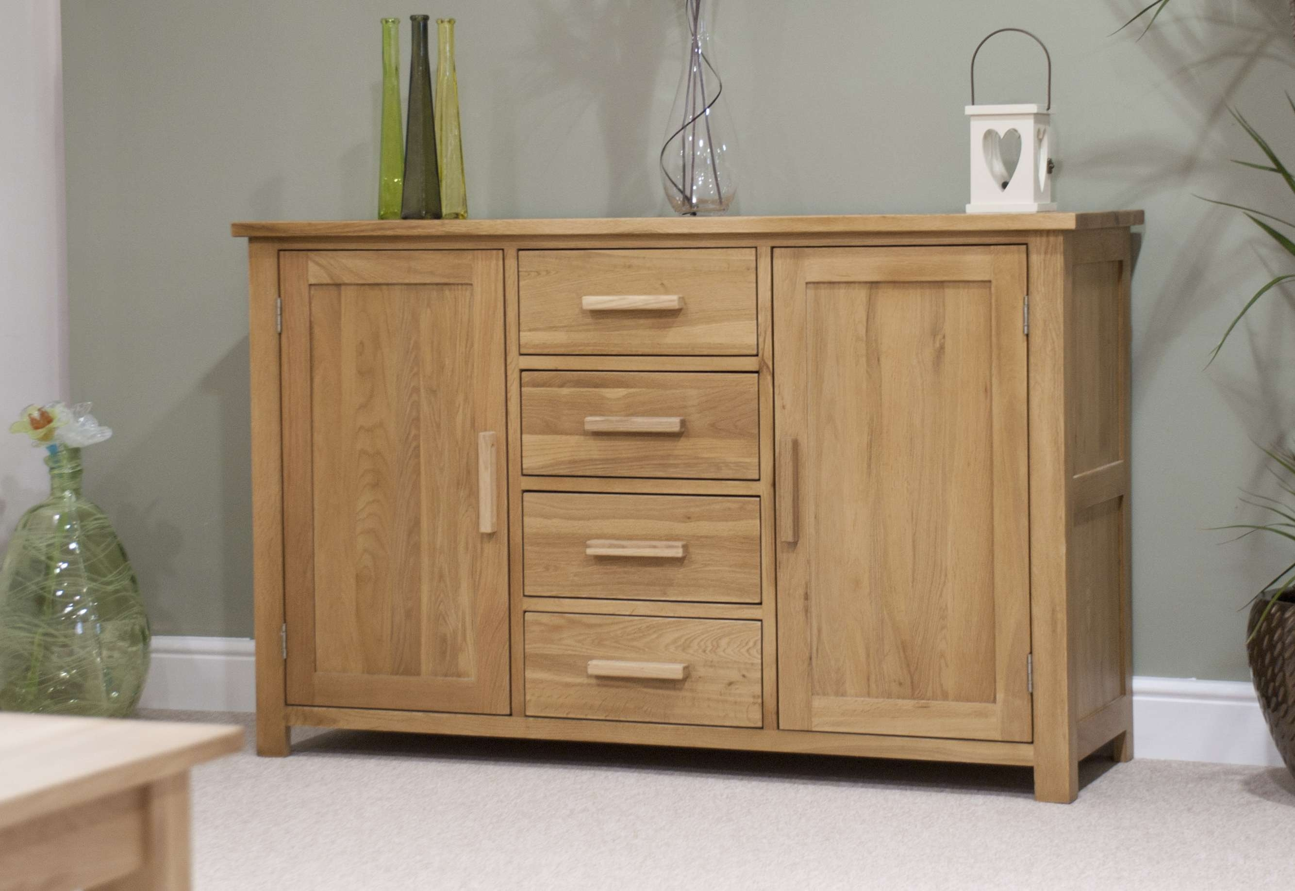 Melbourne Oak Large Sideboard Pertaining To Oak Sideboards (View 7 of 20)