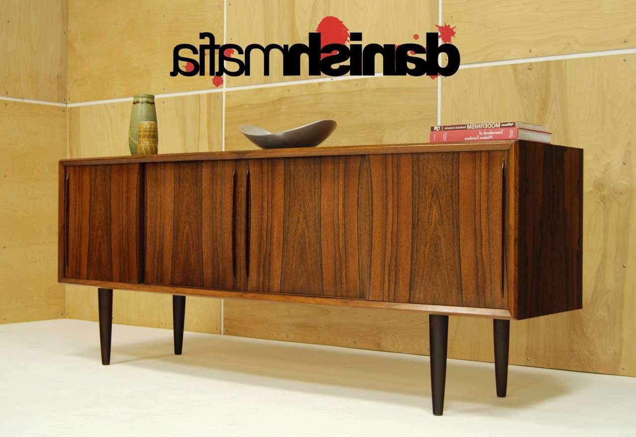 Mid Century Danish Modern Bow Front Rosewood Credenza Sideboard Within Midcentury Sideboards (View 13 of 20)