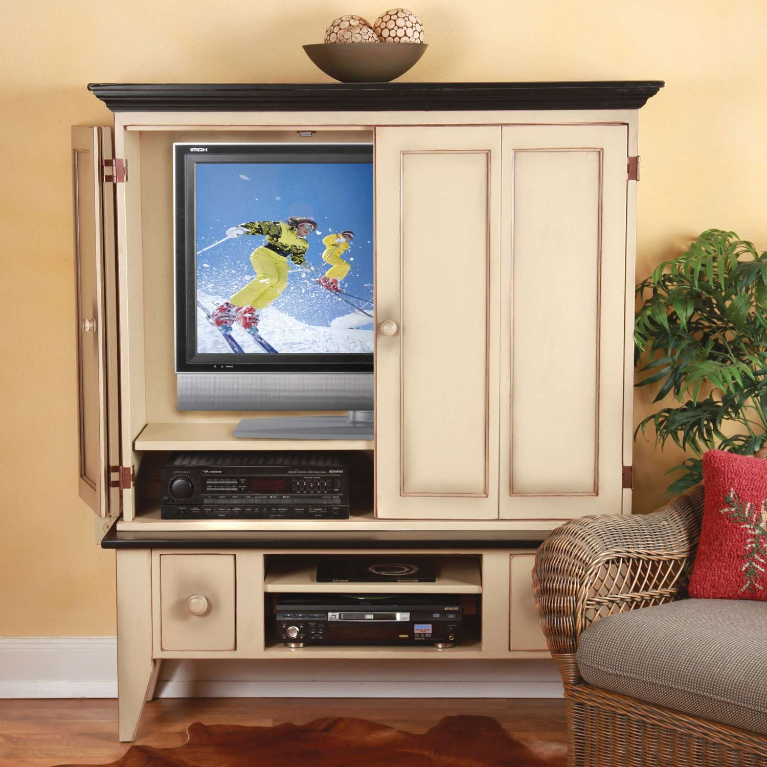 Modern Tv Armoire, Bedroom Tv Stand Retractable Tv Stand Bedroom Pertaining To Enclosed Tv Cabinets With Doors (View 10 of 20)
