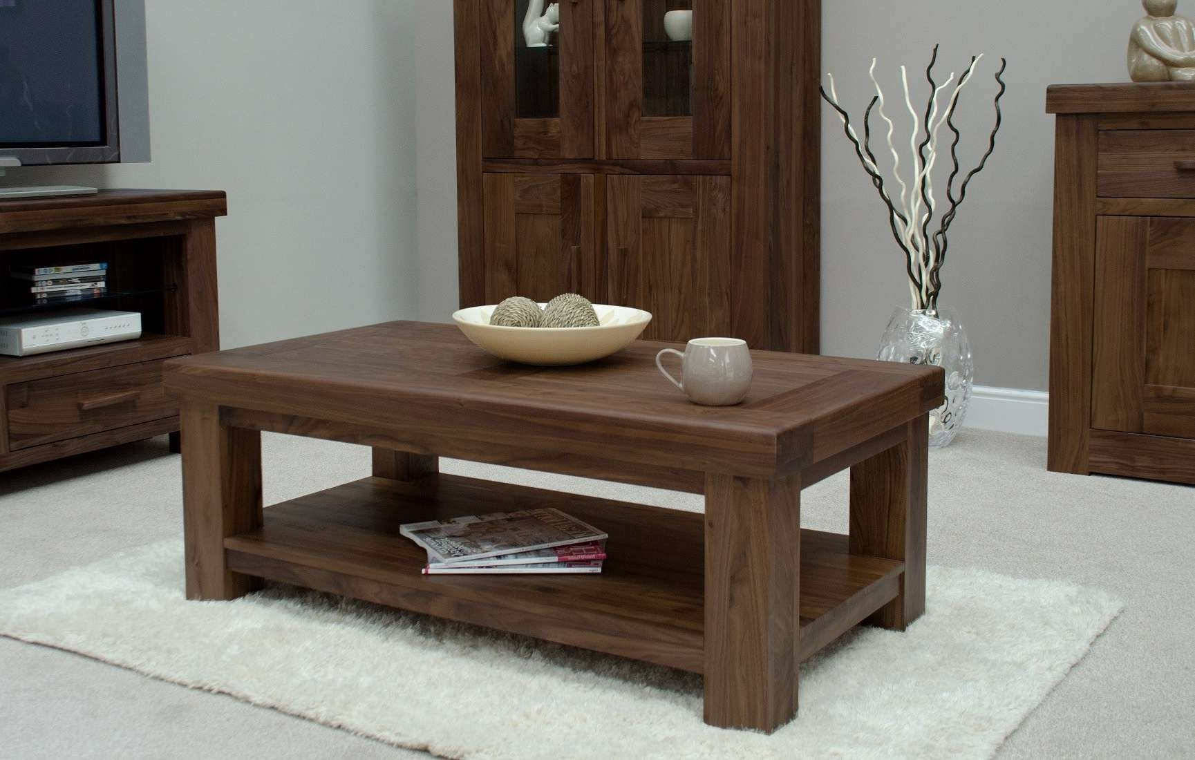 Modern Walnut Coffee Table For Popular Bordeaux Coffee Tables (View 11 of 20)