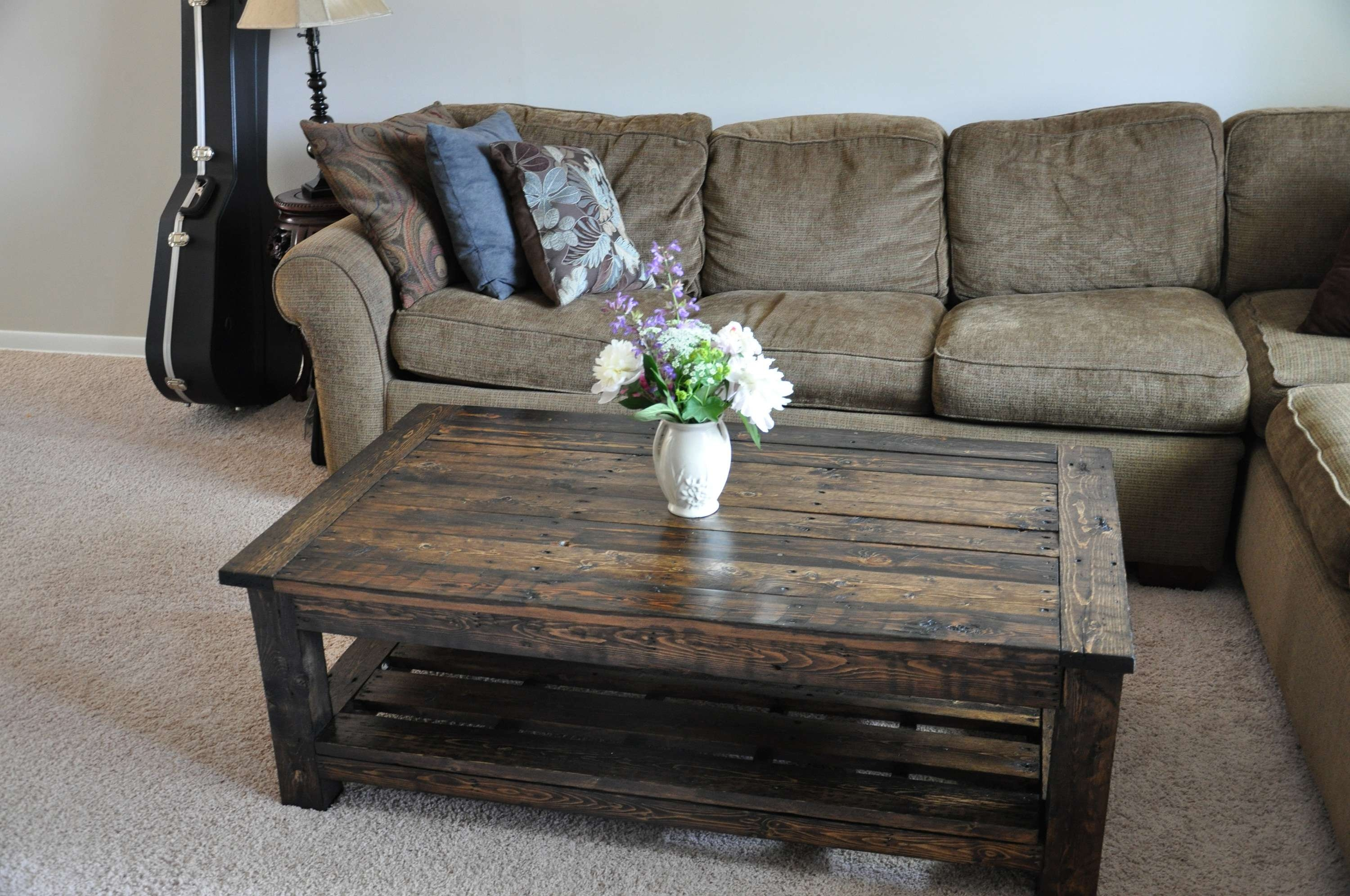 Most Recently Released Huge Coffee Tables Inside Decorations : 18 Diy Pallet Coffee Tables Guide Patterns For (View 13 of 20)
