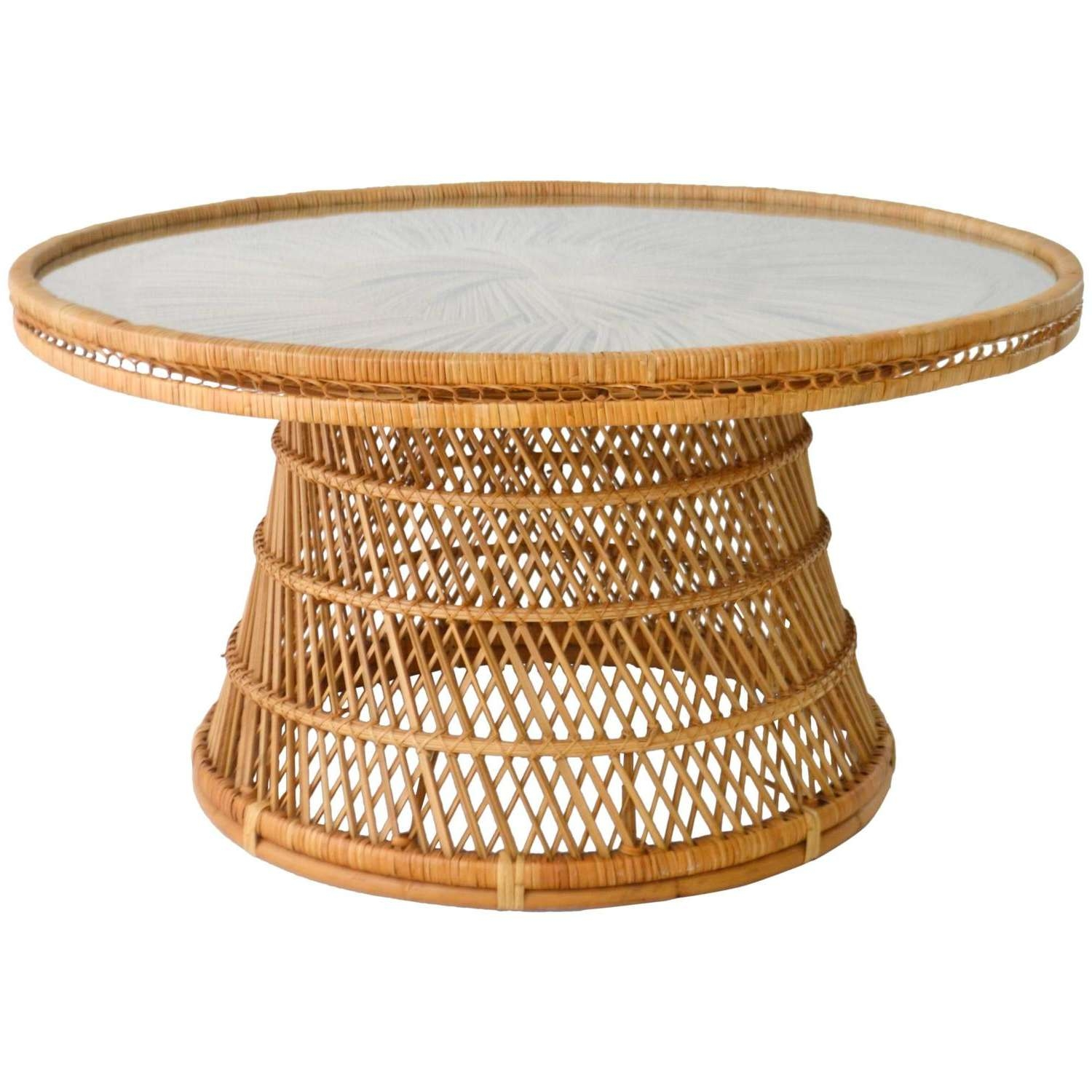 Most Recently Released Round Woven Coffee Tables Intended For Coffee Tables : Rattan Side Table Small Round Wicker Coffee Set (View 3 of 20)
