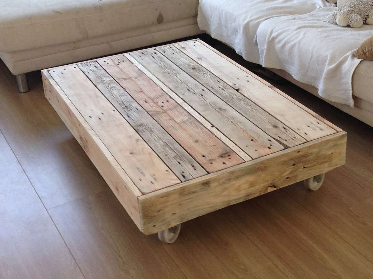 Most Up To Date Large Rustic Coffee Tables Inside Rustic Coffee Table On Wheels Tables Diy / Thippo (View 13 of 20)