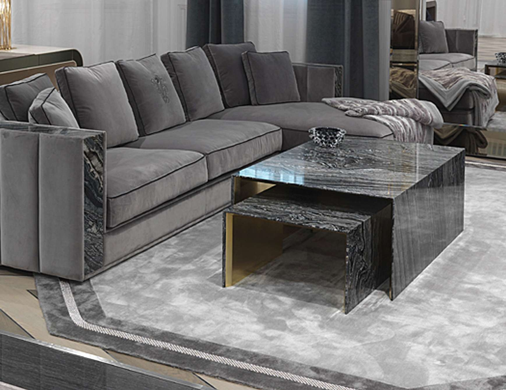 Nella Vetrina Visionnaire Ipe Cavalli Crawford Silverware Coffee Throughout 2017 Luxury Coffee Tables (View 14 of 20)