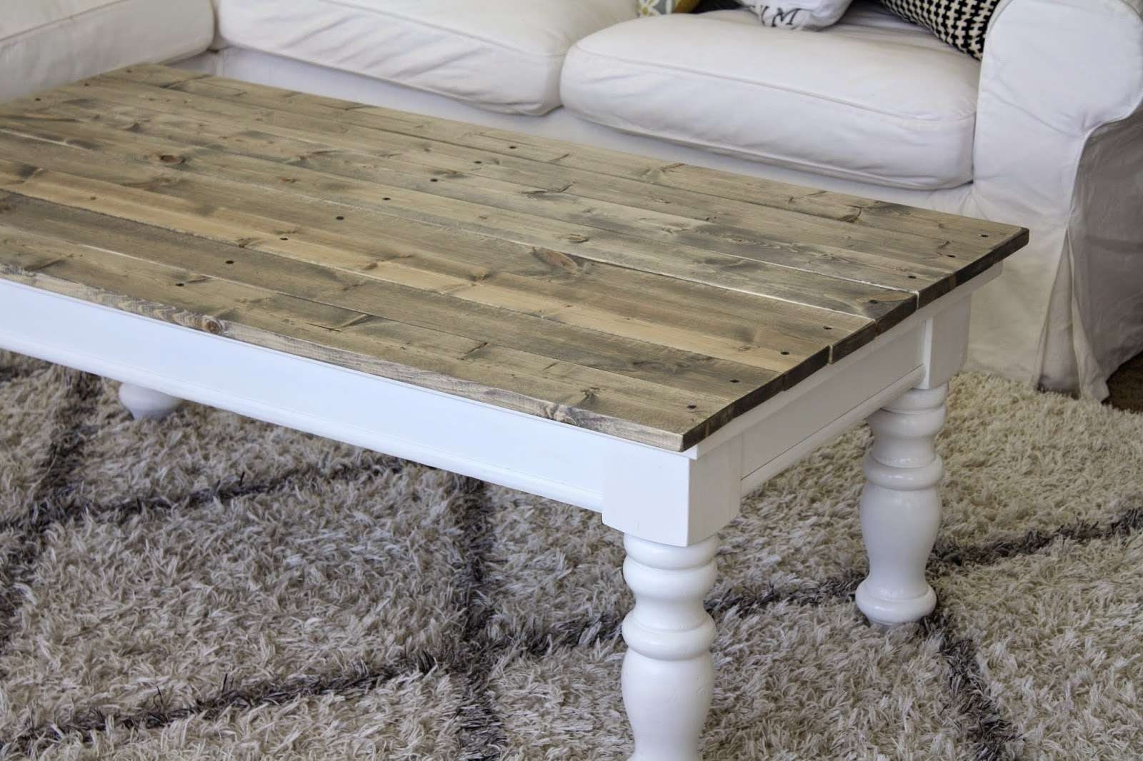 Nifty Thrifty Momma: Farmhouse Style Coffee Table With Regard To 2018 Farmhouse Coffee Tables (View 14 of 20)