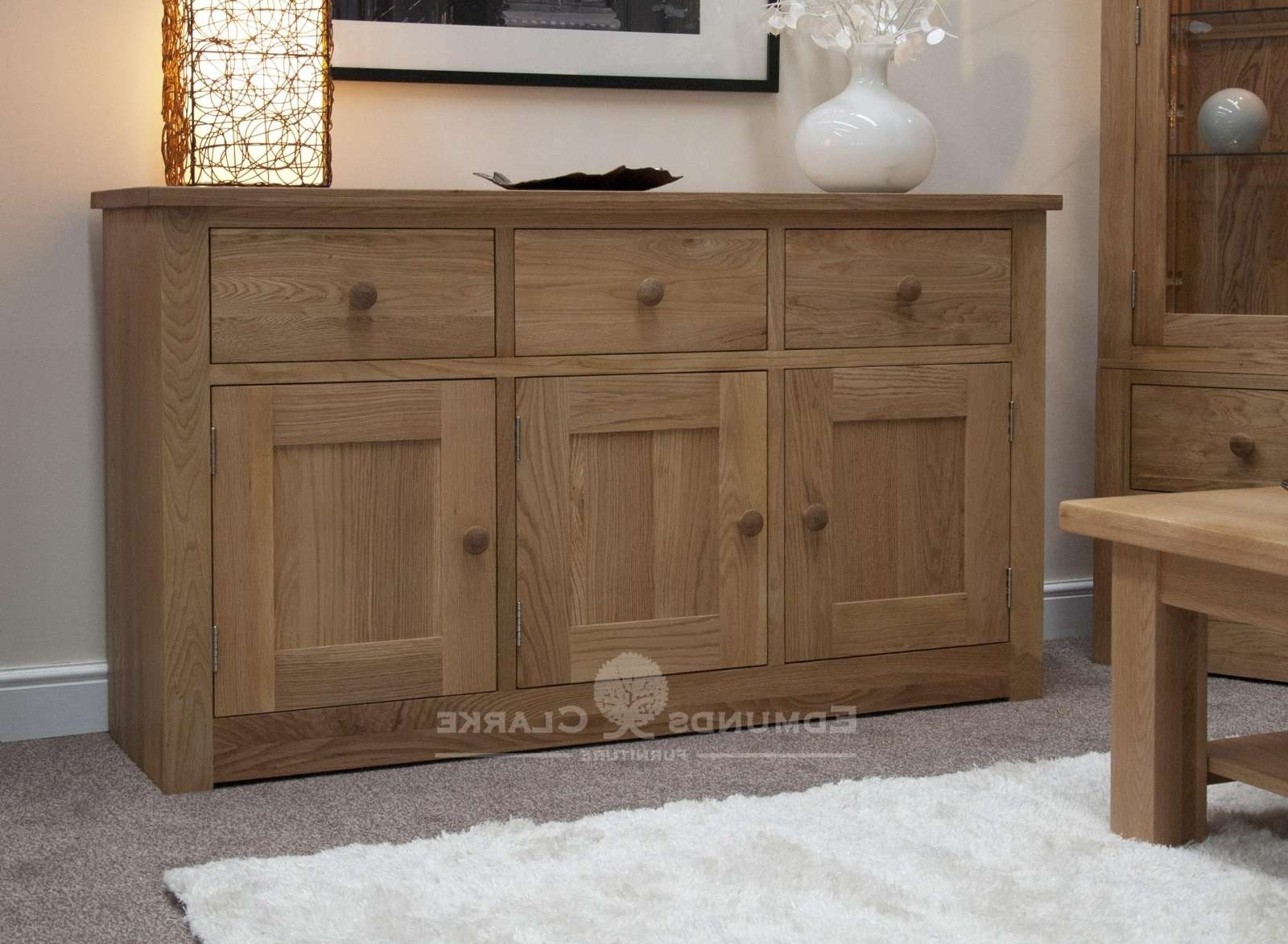 Oak Large Sideboard – Oak Sideboards For The Kitchen, Dining Room With Regard To Lounge Sideboards (View 2 of 20)