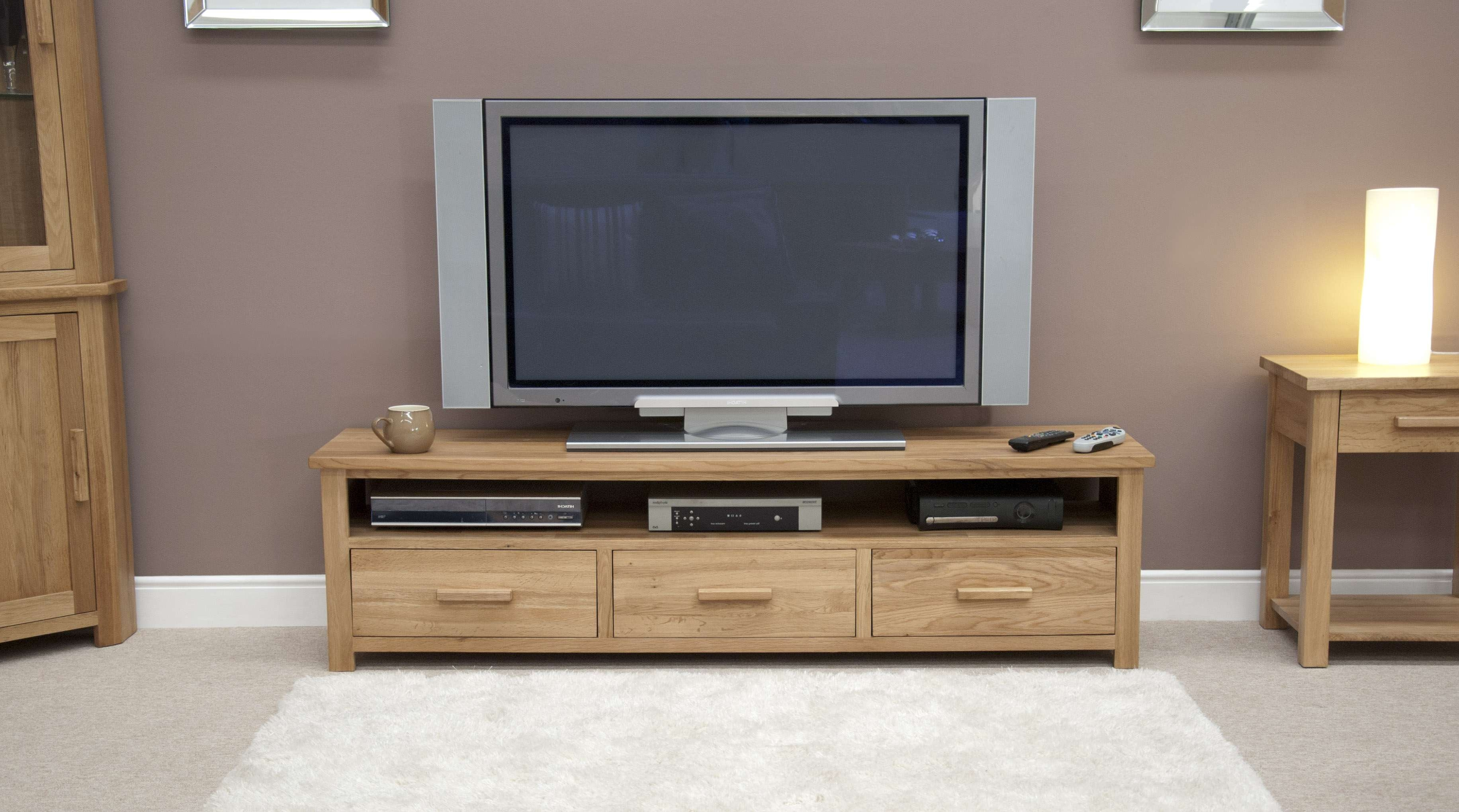 Oak Wide Plasma Tv Unit Throughout Wide Tv Cabinets (Gallery 5 of 20)