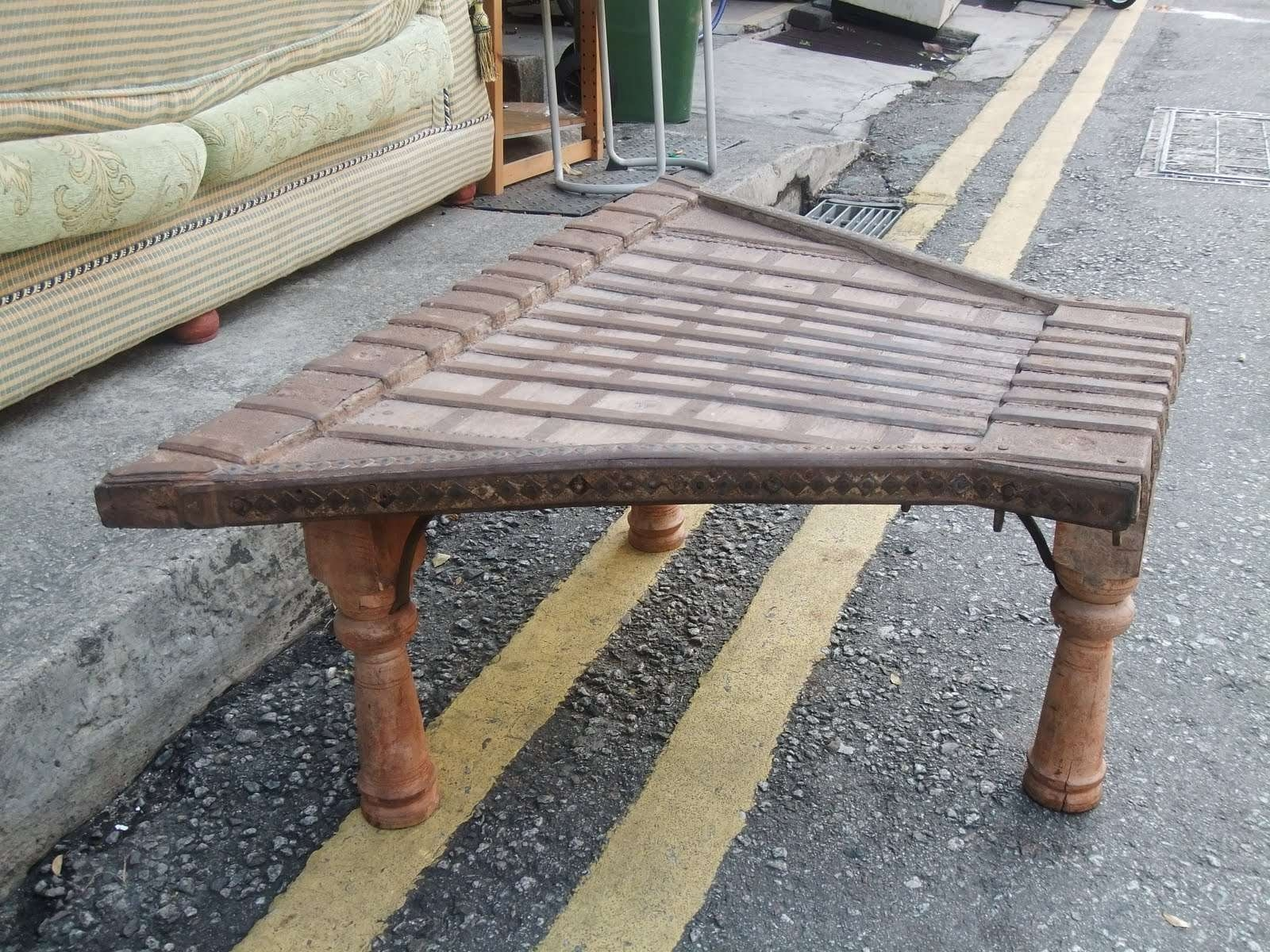 Odd Shaped Coffee Tables (View 3 of 20)