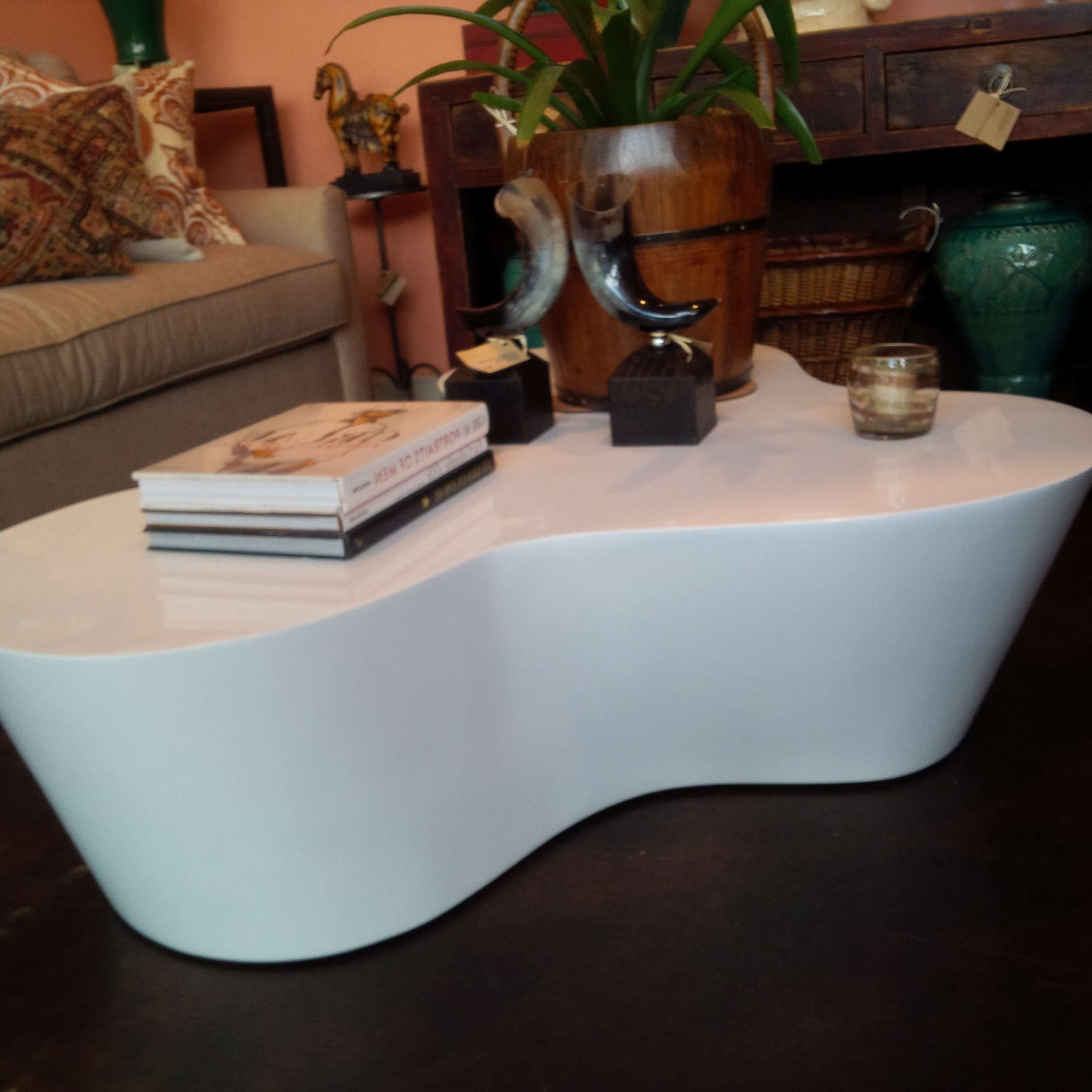 Organic Shaped White Lacquer Coffee Table – Mecox Gardens Pertaining To Trendy Desk Coffee Tables (View 17 of 20)