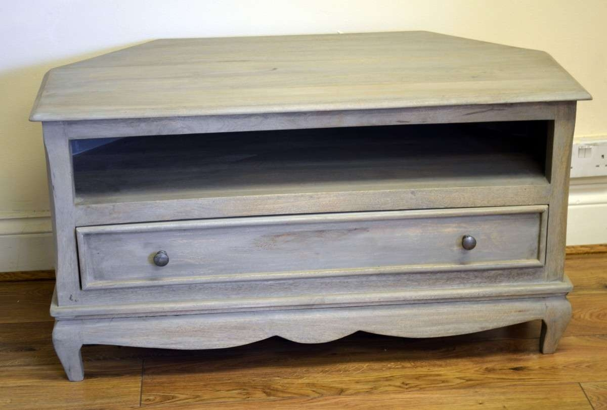 Perfect Shabby Chic Tv Stand 17 For Modern Home Decor Inspiration With Regard To Shabby Chic Tv Cabinets (View 11 of 20)