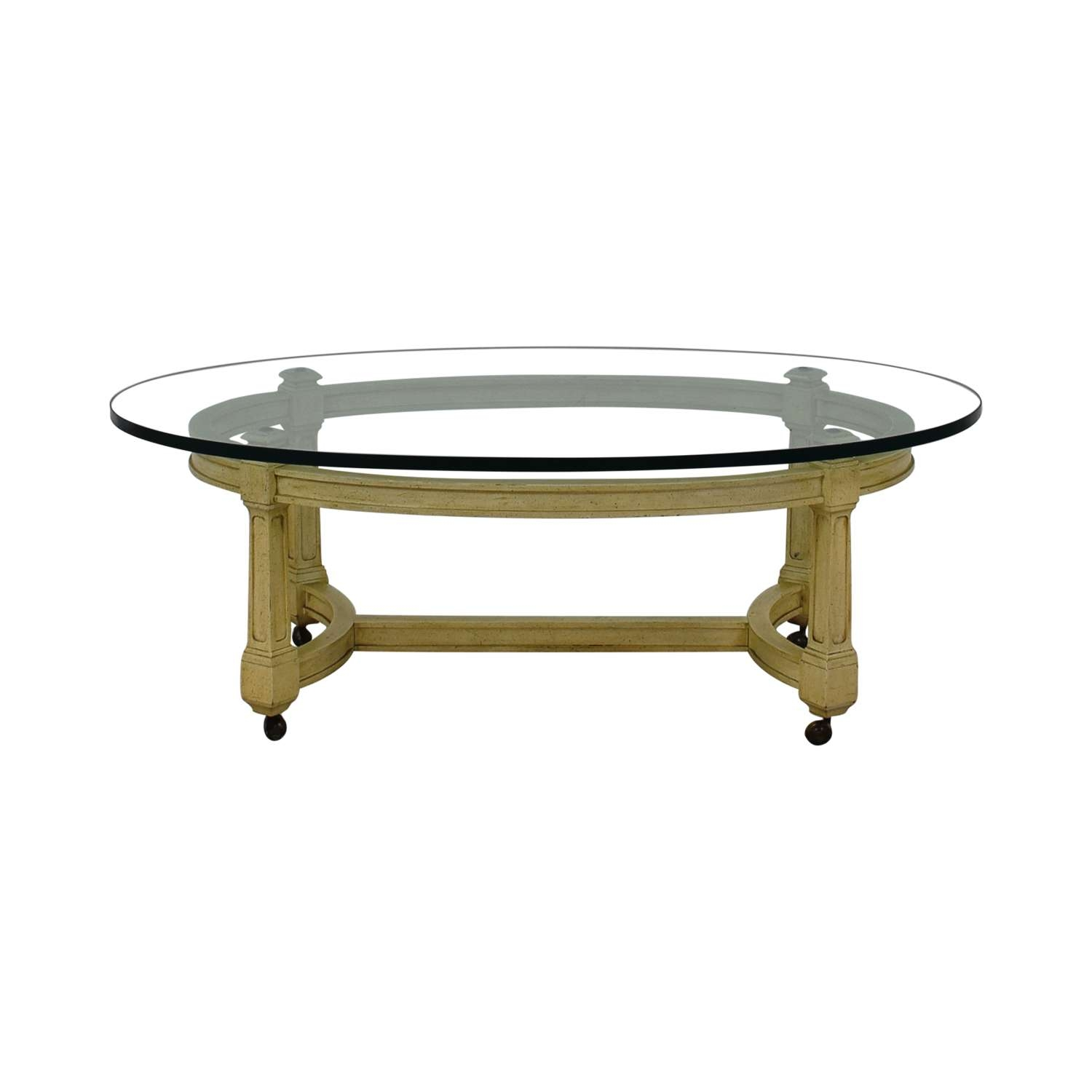 [%Popular White Oval Coffee Tables Inside 76% Off – Bo Concept Bo Concept White Round Coffee Table / Tables|76% Off – Bo Concept Bo Concept White Round Coffee Table / Tables In Popular White Oval Coffee Tables%] (View 1 of 20)