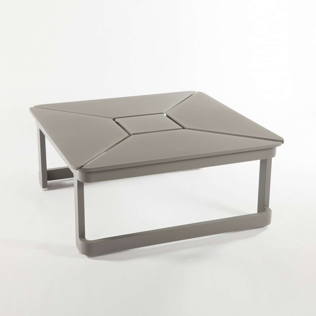 Recent Extendable Coffee Tables With Modern Lorenz Extendable Coffee/dining Table (View 19 of 20)