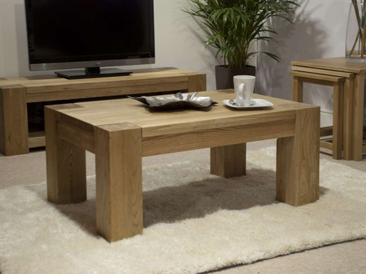 Recent Rustic Oak Coffee Tables Pertaining To Oak Coffee Table (View 14 of 20)
