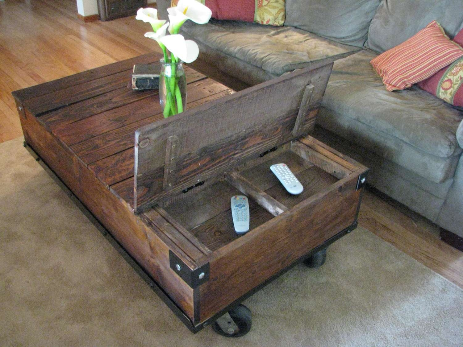 Recent Storage Coffee Tables Pertaining To Coffee Table : Storage Coffee Tables With Baskets Ottomans On (View 15 of 20)