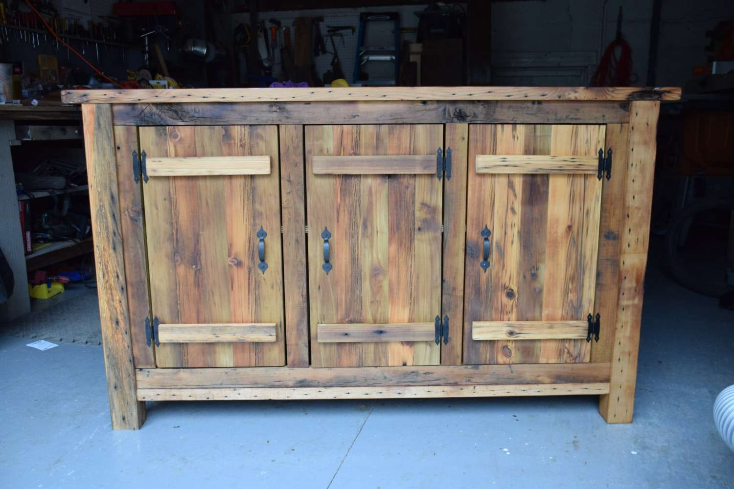 Reclaimed Wood Rustic Buffet Farmhouse Buffet Table Entryway Within Reclaimed Wood Sideboards (View 5 of 20)
