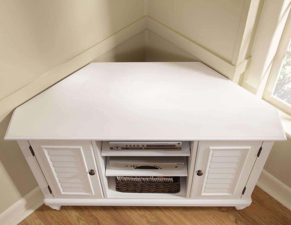 Retro White Oak Wood Corner Media Stand With Shutter Doors Of Throughout White Corner Tv Cabinets (View 15 of 20)