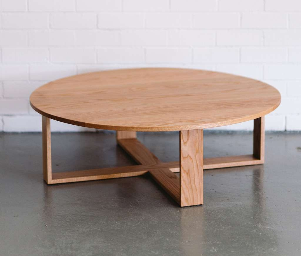 Round Coffee Tables At Home And Interior Design Ideas For Trendy Round Oak Coffee Tables (View 15 of 20)