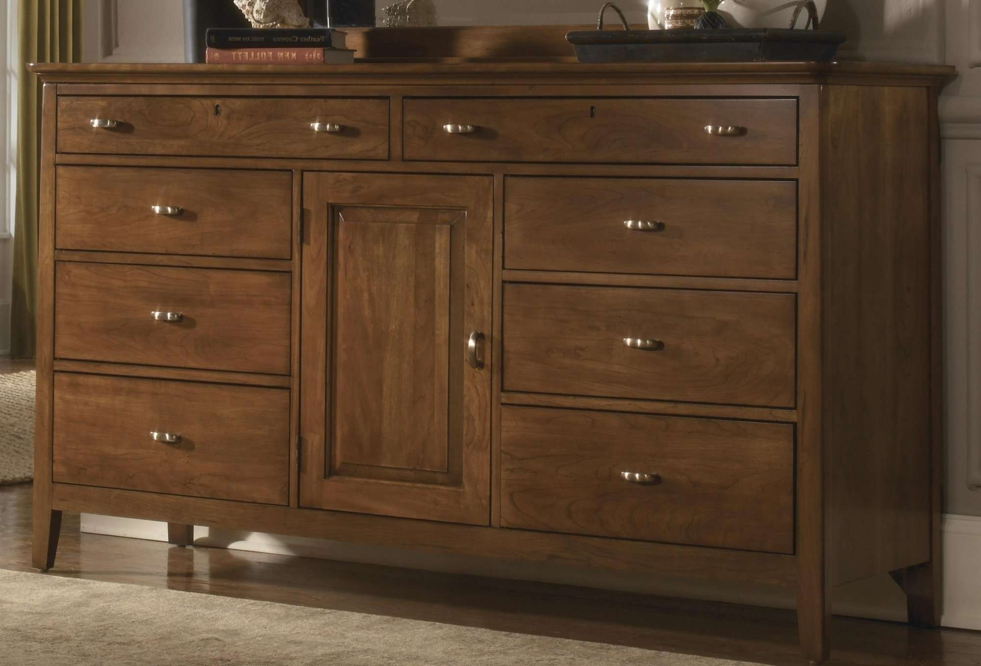 Route 66 Furniture Thomasville Solid Wood Triple Dresser With Pertaining To Thomasville Sideboards (View 11 of 20)