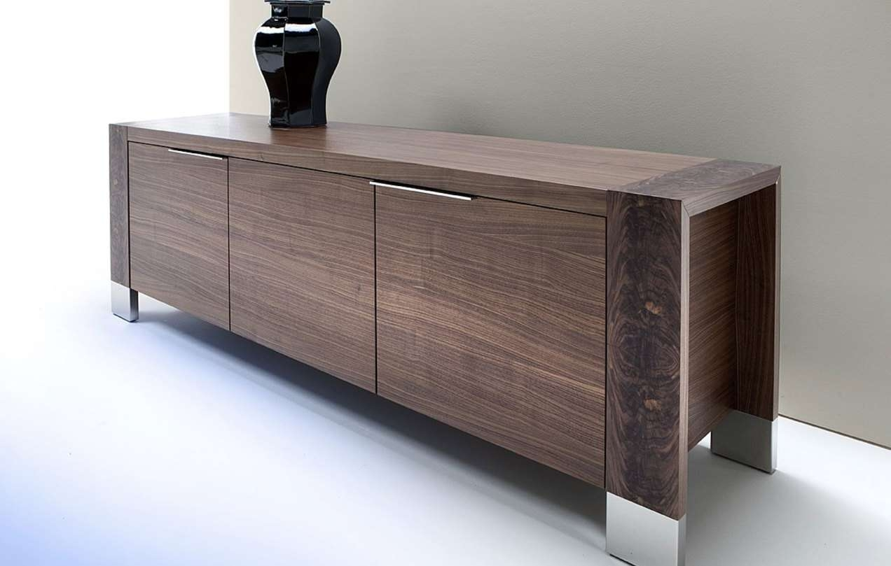 Sideboard : Traditional Sideboards And Buffets Gripping Small Oak Regarding Traditional Sideboards (View 12 of 20)