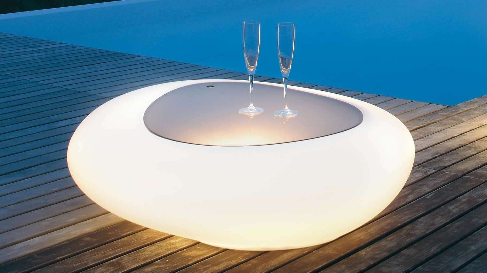 Tonin Casa Unveils Its Stylish New Illuminated Kos Coffee Tables Inside Fashionable Stylish Coffee Tables (View 18 of 20)