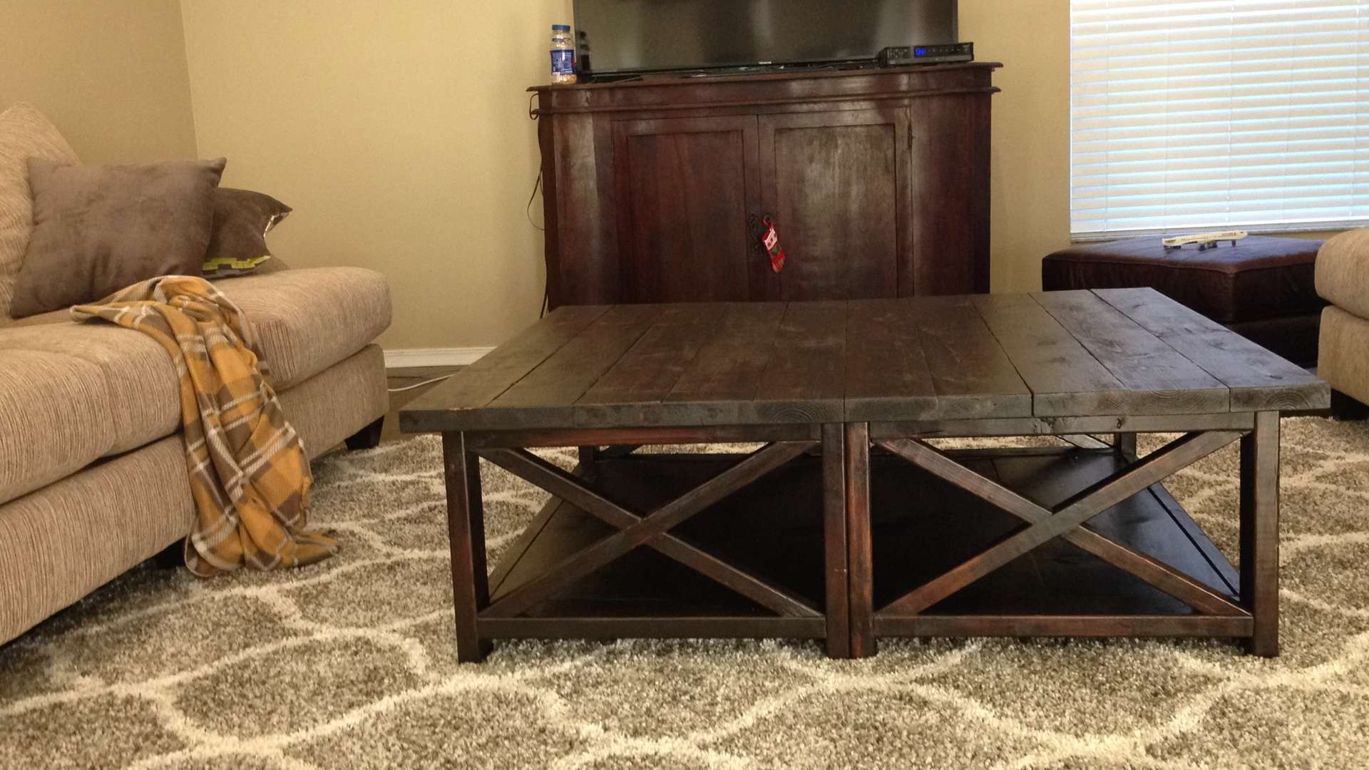 Trendy Extra Large Square Coffee Tables With Coffee Table : Amazing Low Square Dark Wood Coffee Table (View 5 of 20)