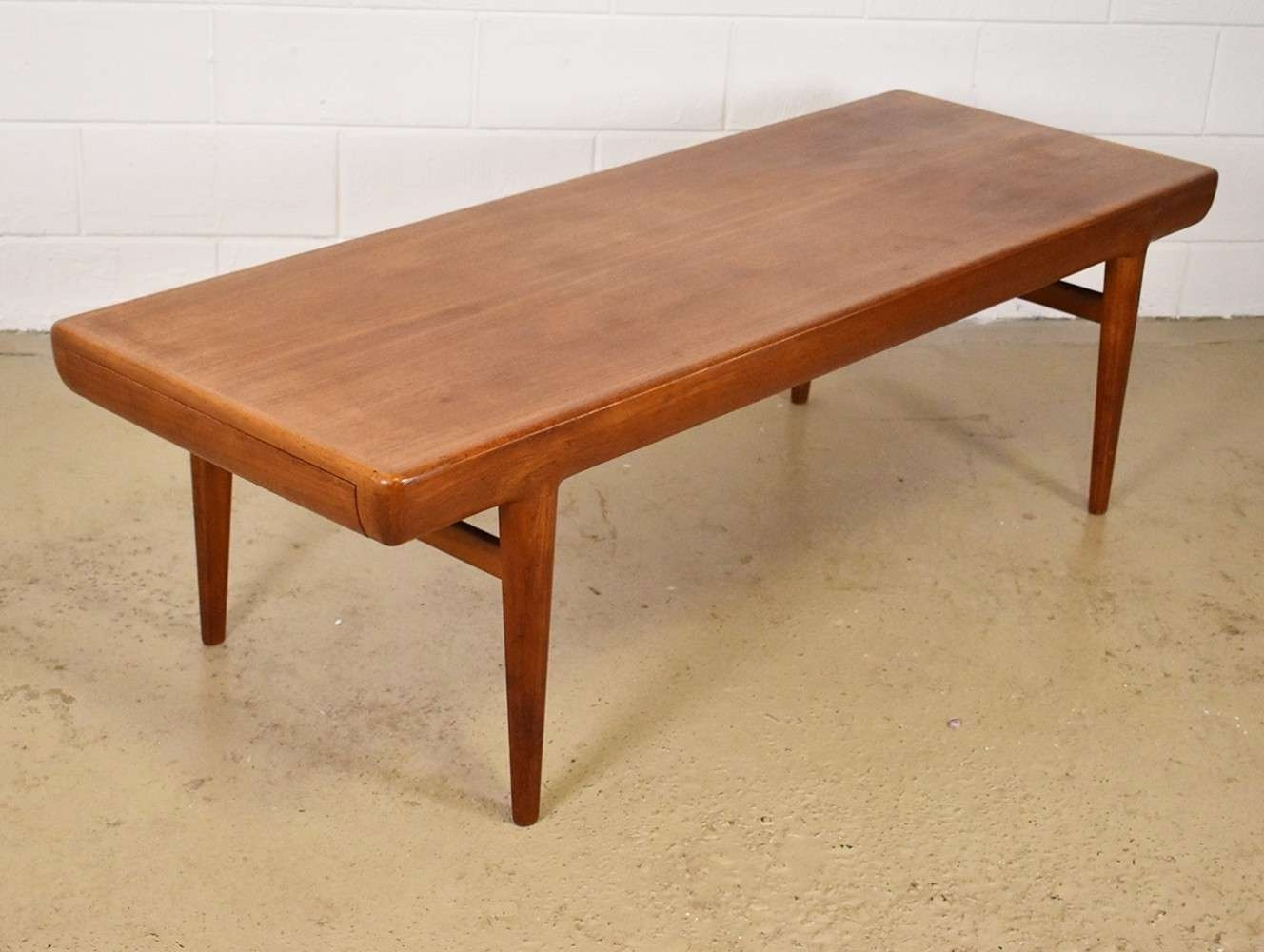 Trendy Long Coffee Tables Within Coffee Tables : Appealing Extra Long Coffee Table Very Large (View 7 of 20)