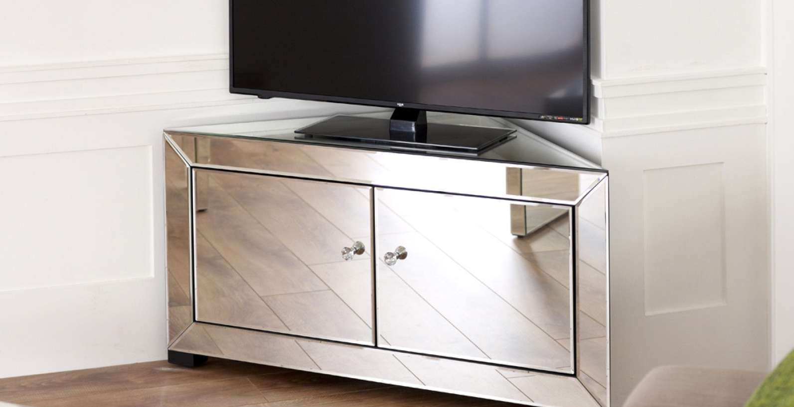 Tv : Breathtaking Corner Oak Tv Cabinets For Flat Screens With For Oak Tv Cabinets For Flat Screens With Doors (View 9 of 20)