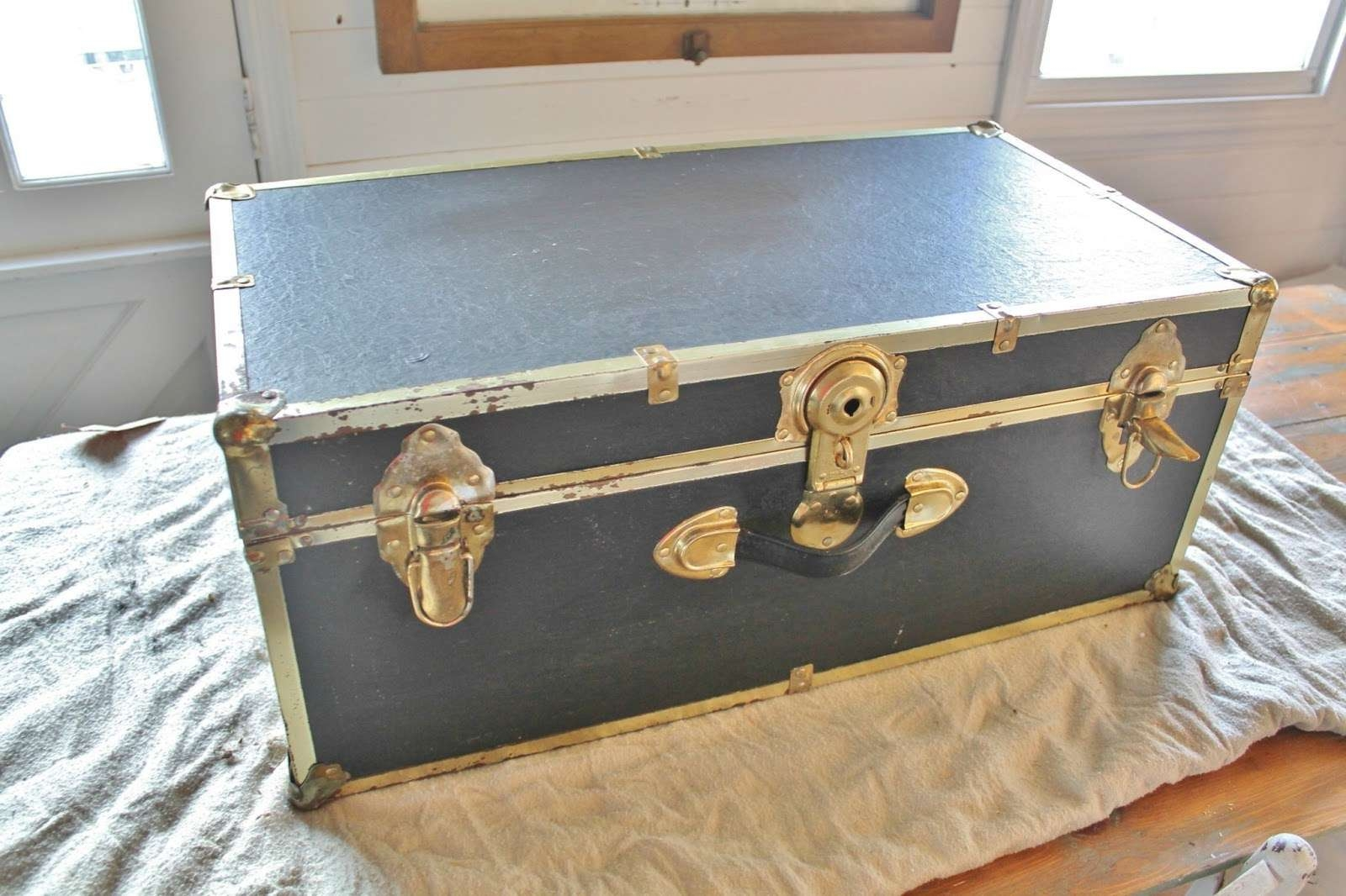 Well Known Old Trunks As Coffee Tables For Repurposed Trunk Coffee Table – Knick Of Time (View 17 of 20)