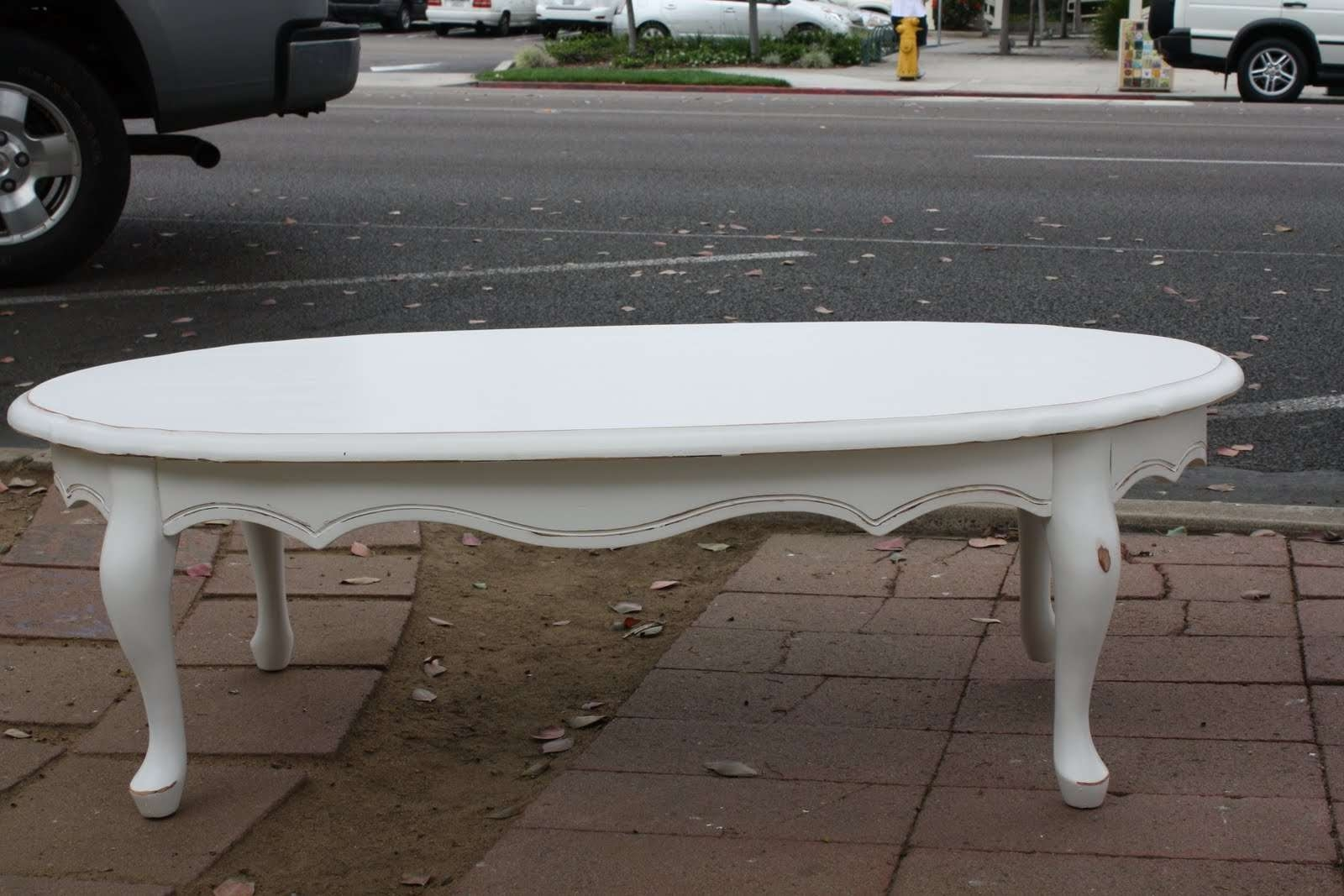 White Oval Coffee Table – Writehookstudio Inside Preferred Oval White Coffee Tables (View 20 of 20)