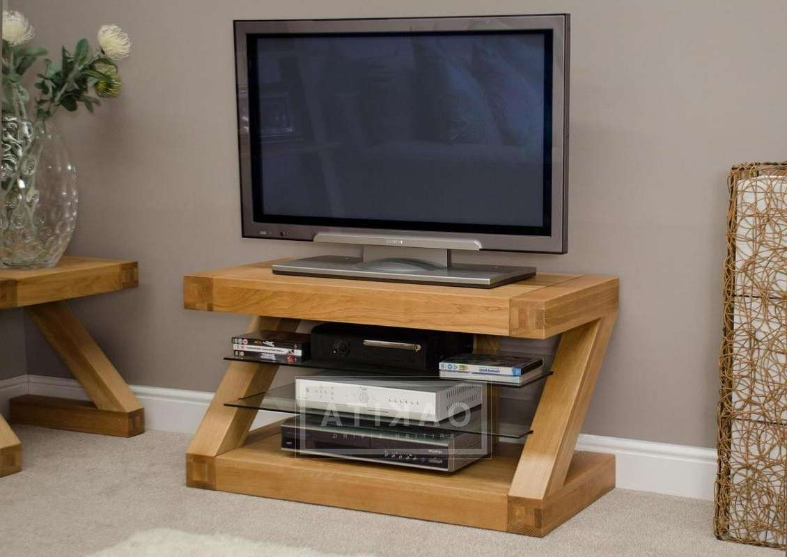 Zurich Oak Small Tv Stand – Oak Tv Stands & Entertainment Cabinets Pertaining To Small Tv Cabinets (View 3 of 20)