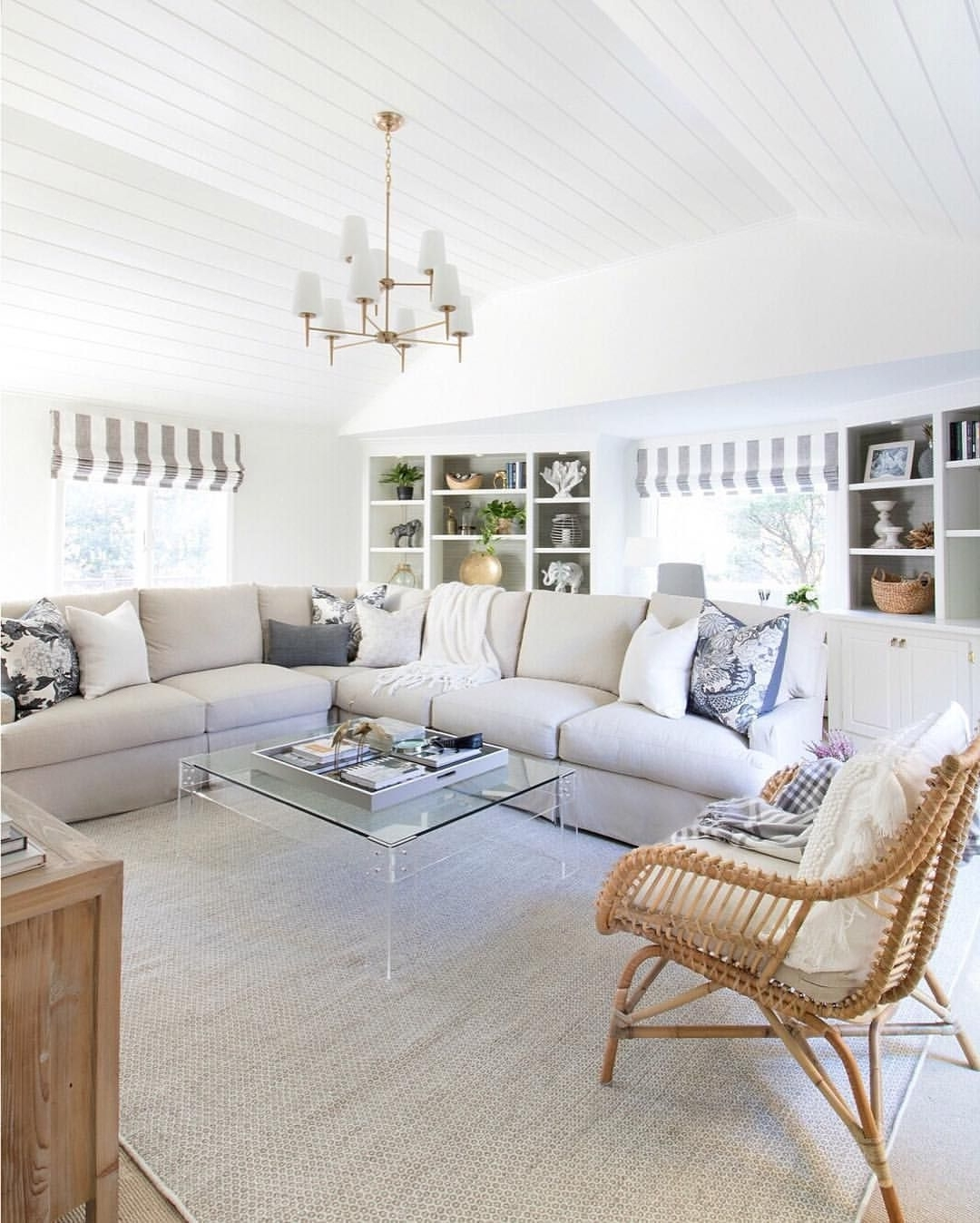 2,185 Likes, 39 Comments – Kris Jarrett (@drivenbydecor) On Pertaining To Famous Disappearing Coffee Tables (View 13 of 20)