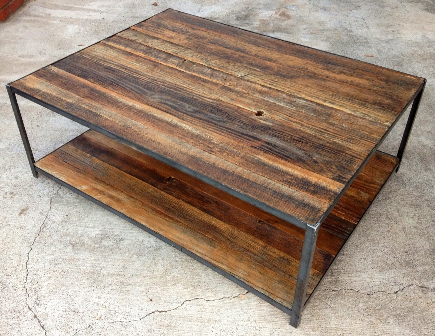 Best Reclaimed Wood Coffee Table Diy 53 On Home Design Pertaining To Fashionable Reclaimed Pine & Iron Coffee Tables (View 2 of 20)