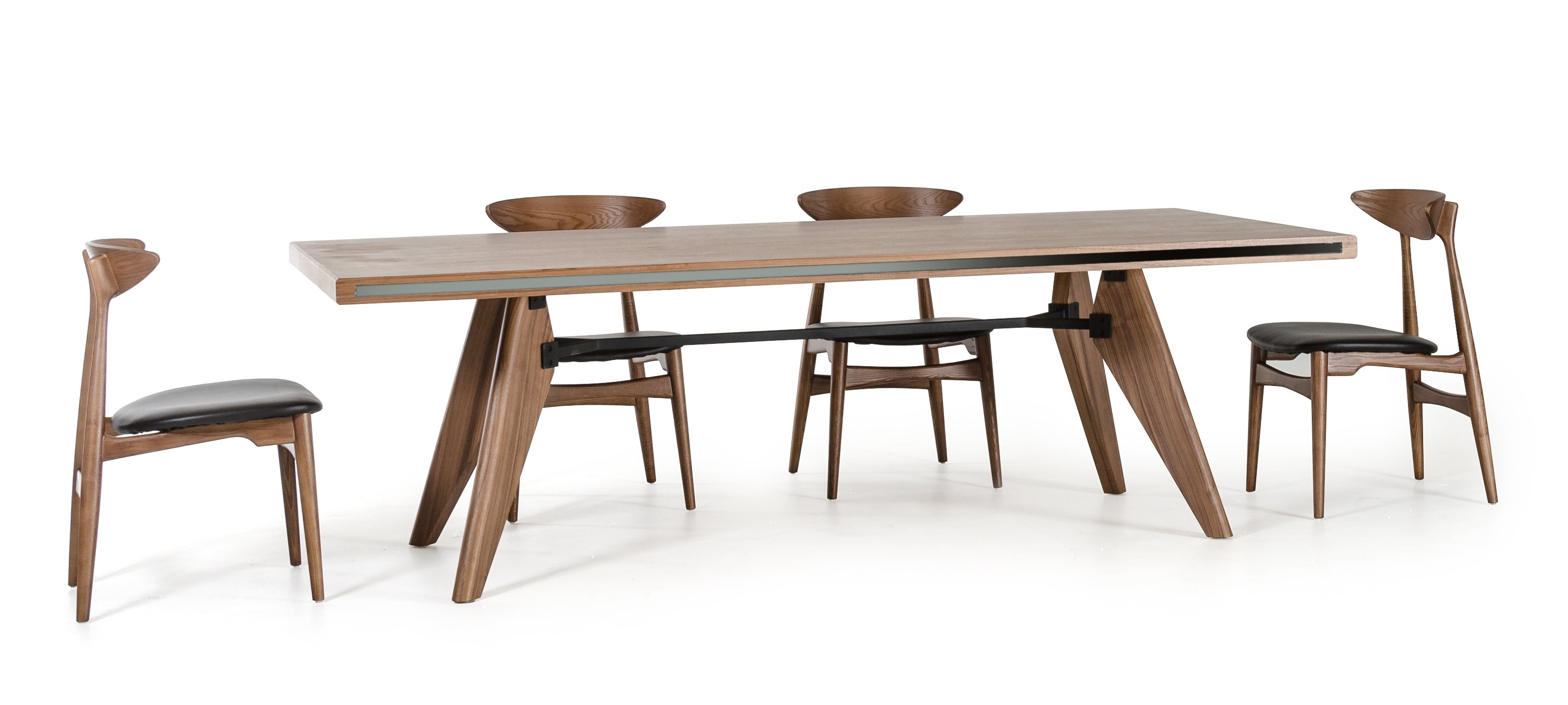 Corrigan Studio Akan Bend Kennedy And Anson 5 Piece Dining Set With Regard To Trendy Anson Cocktail Tables (View 1 of 20)
