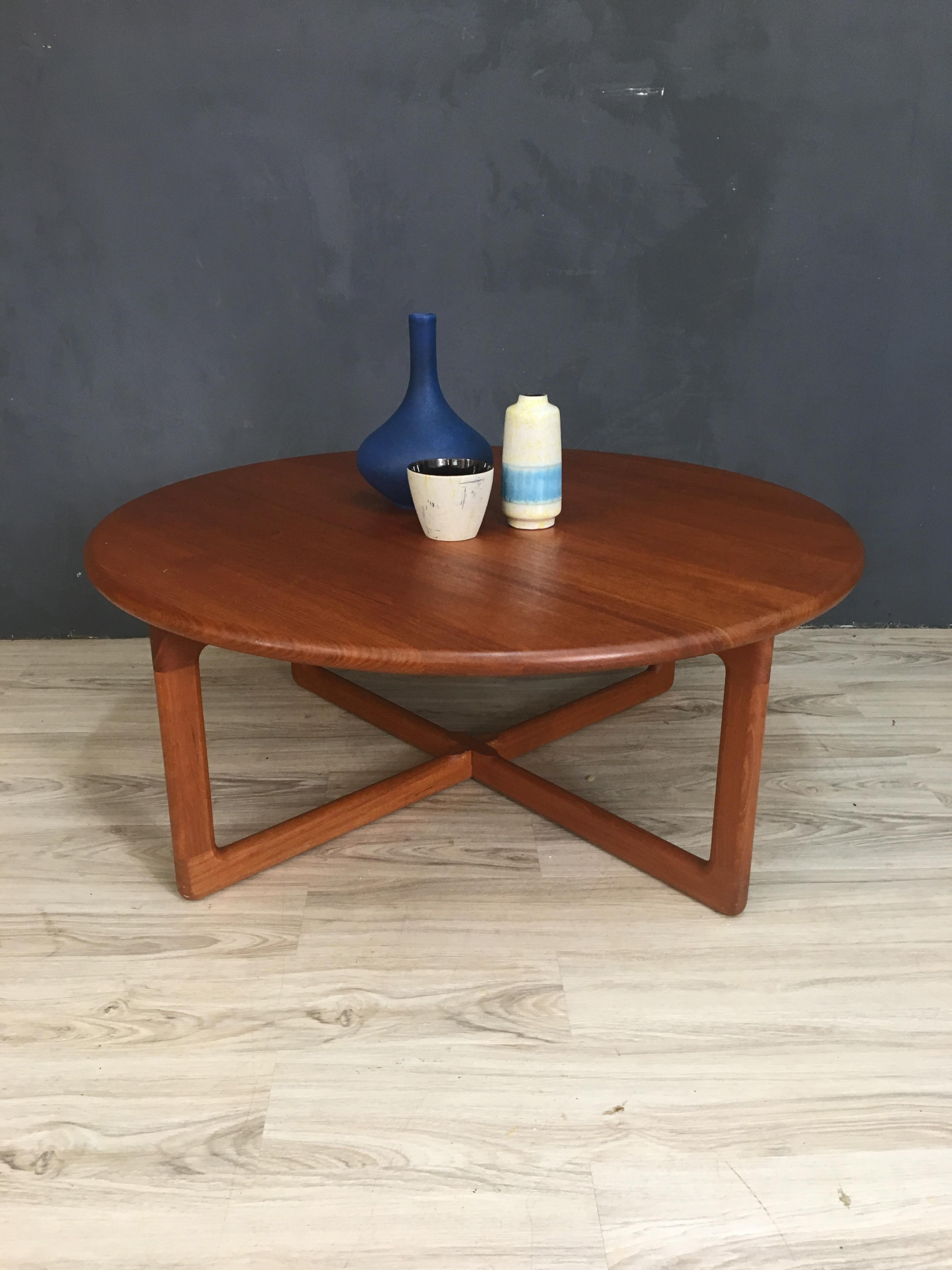 Danish Modern Round Teak Coffee Table – Retrocraft Design Throughout Famous Round Teak Coffee Tables (View 4 of 20)