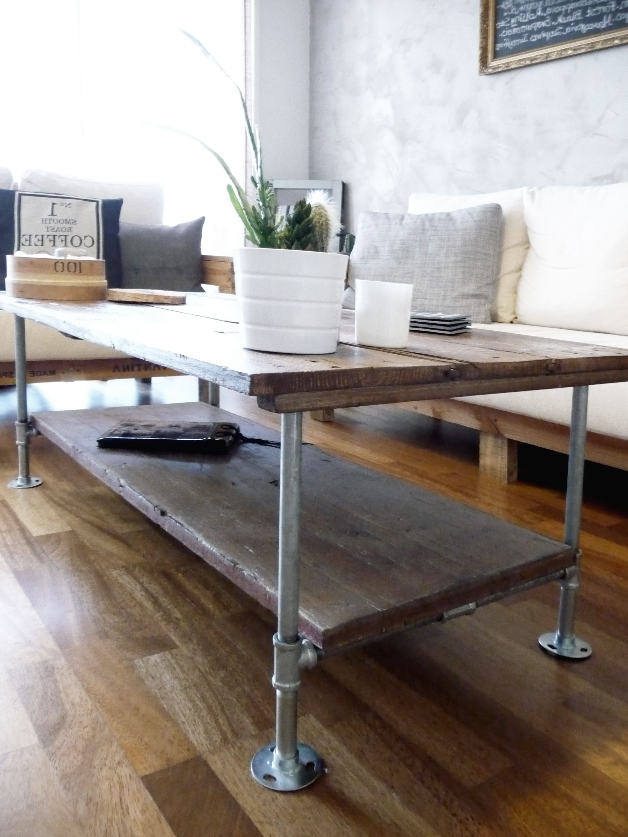 Diy Coffee Table With Wood And Galvanized Steel Pipes Rustic (View 4 of 20)