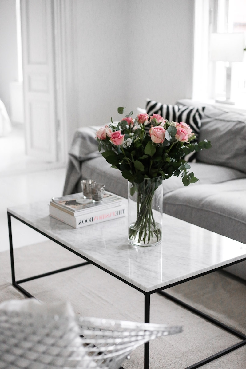 Most Recently Released 2 Tone Grey And White Marble Coffee Tables Pertaining To Marble Coffee Tables For Every Budget – The Everygirl (View 3 of 20)