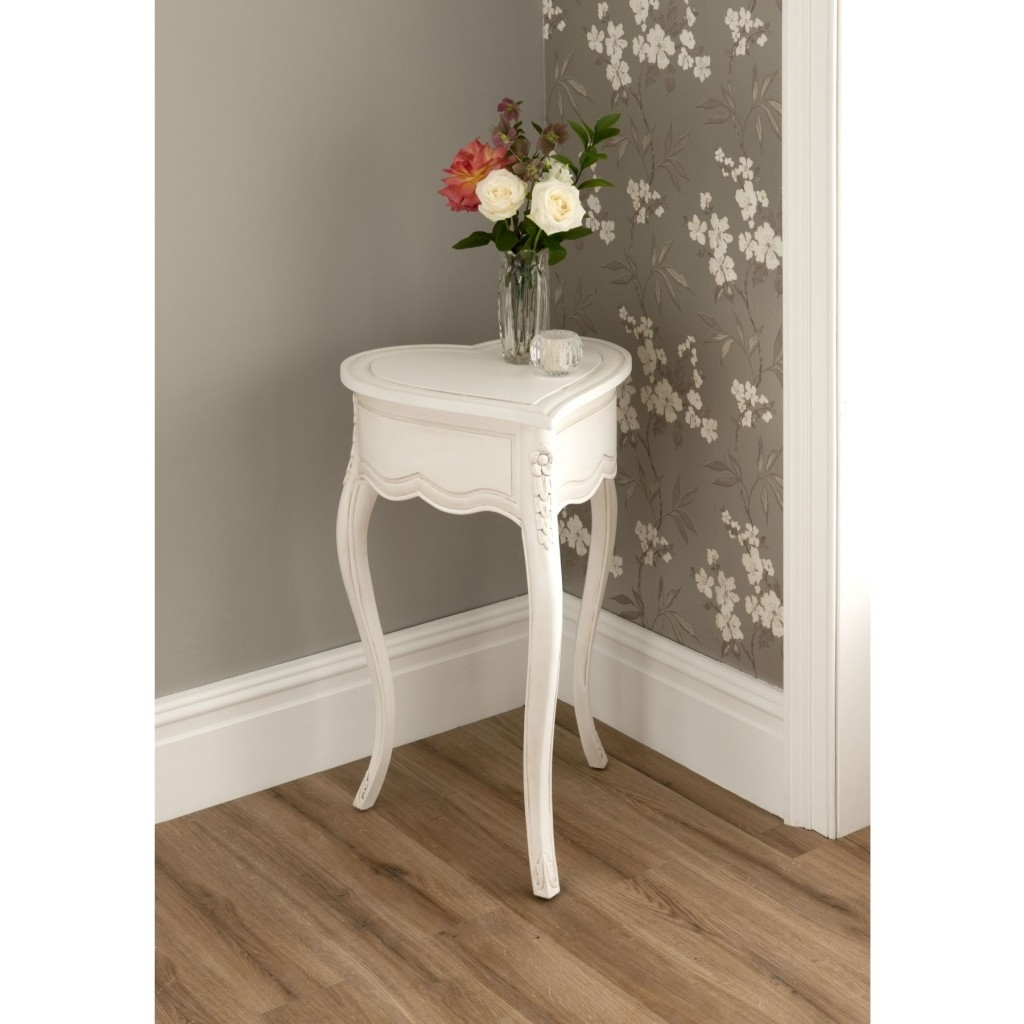 Most Recently Released Fresh Cut Side Tables In Innovative Small Corner Accent Table With These Little Accent Tables (View 11 of 20)