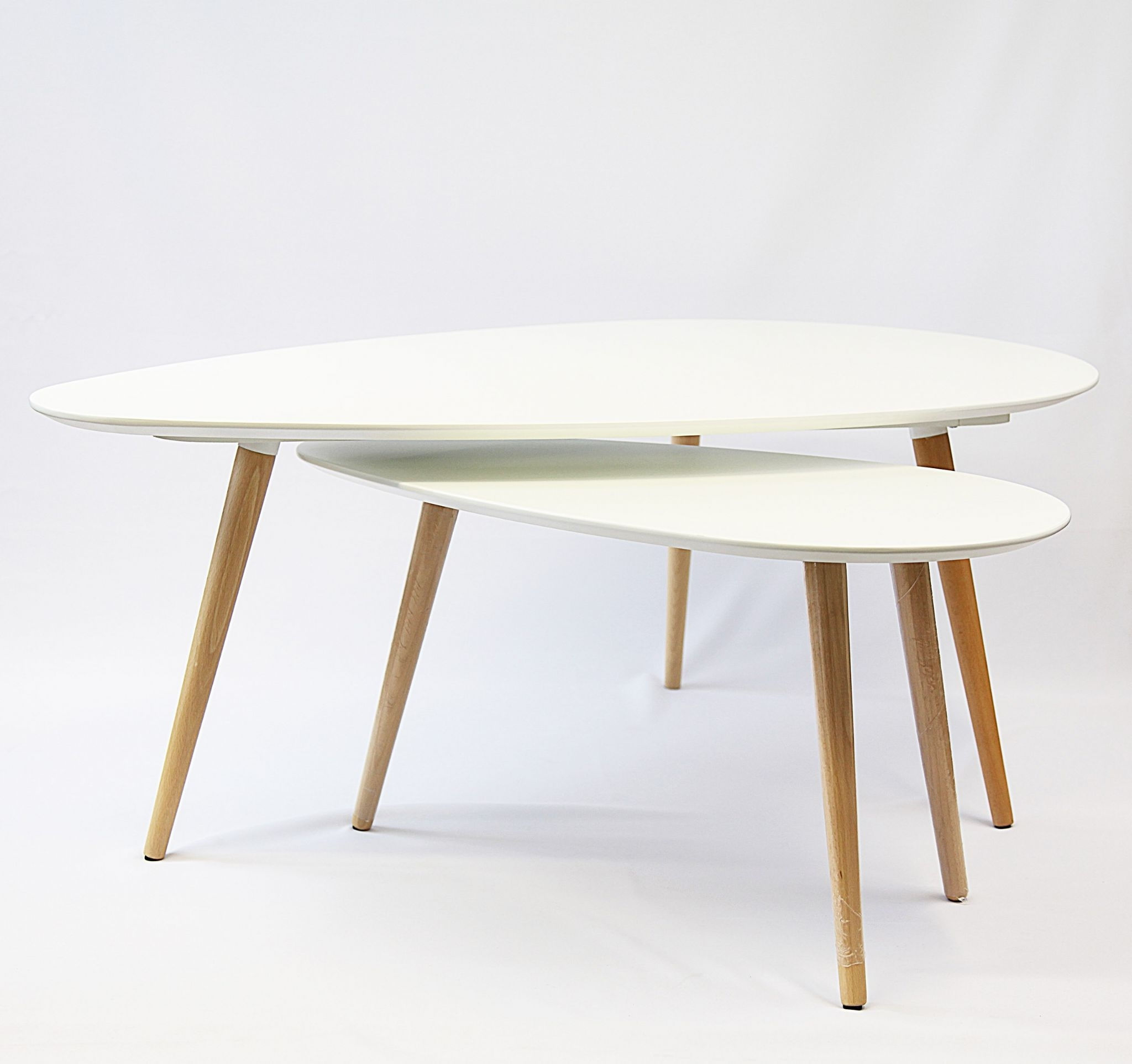 Most Up To Date Set Of Nesting Coffee Tables Regarding Furnitures: Eye Catching Nesting Coffee Table For Modern Living Room (View 10 of 20)