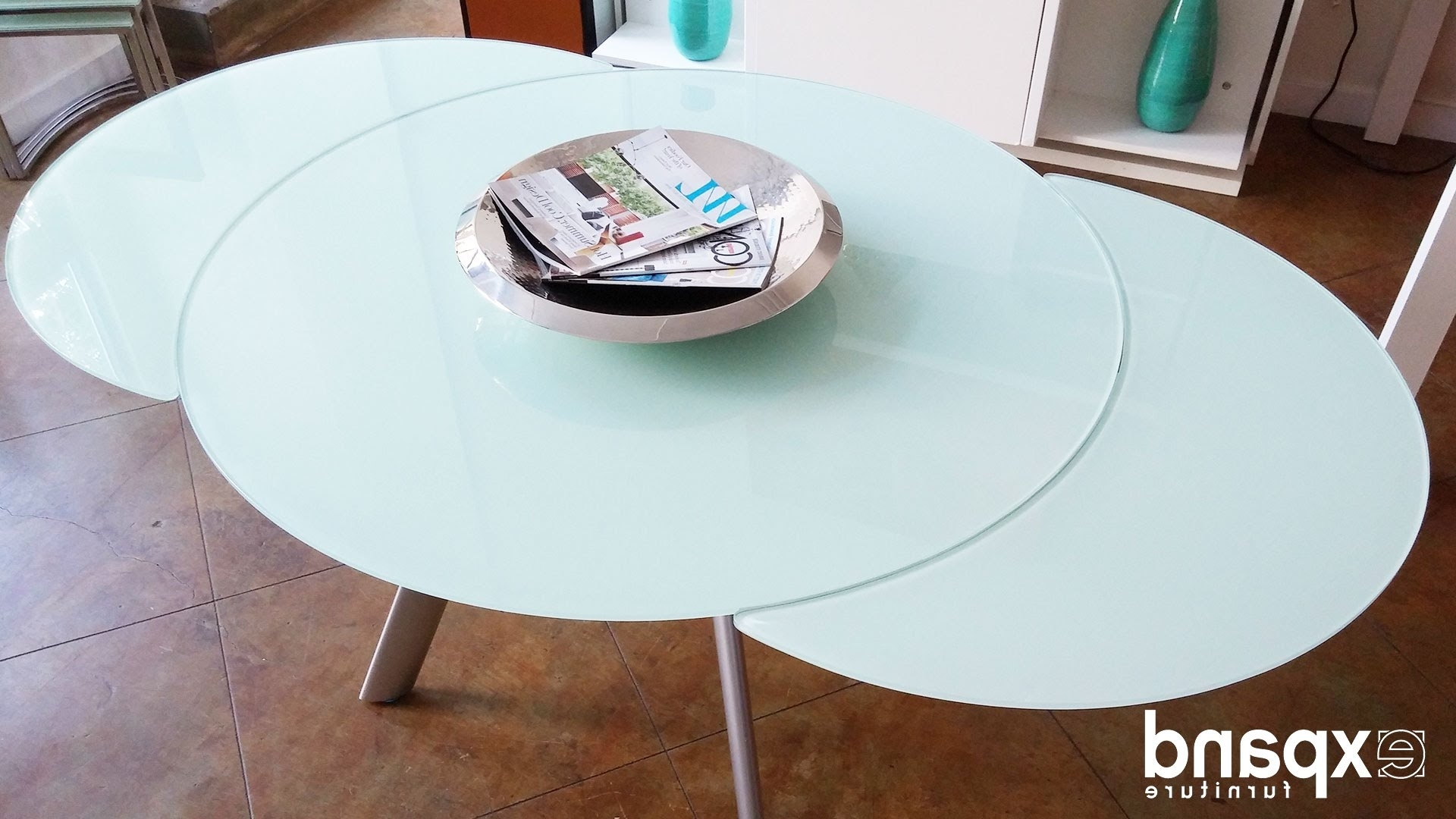 Most Up To Date Spin Rotating Coffee Tables Regarding Butterfly Round Glass Extending Table Demonstration – Youtube (View 18 of 20)