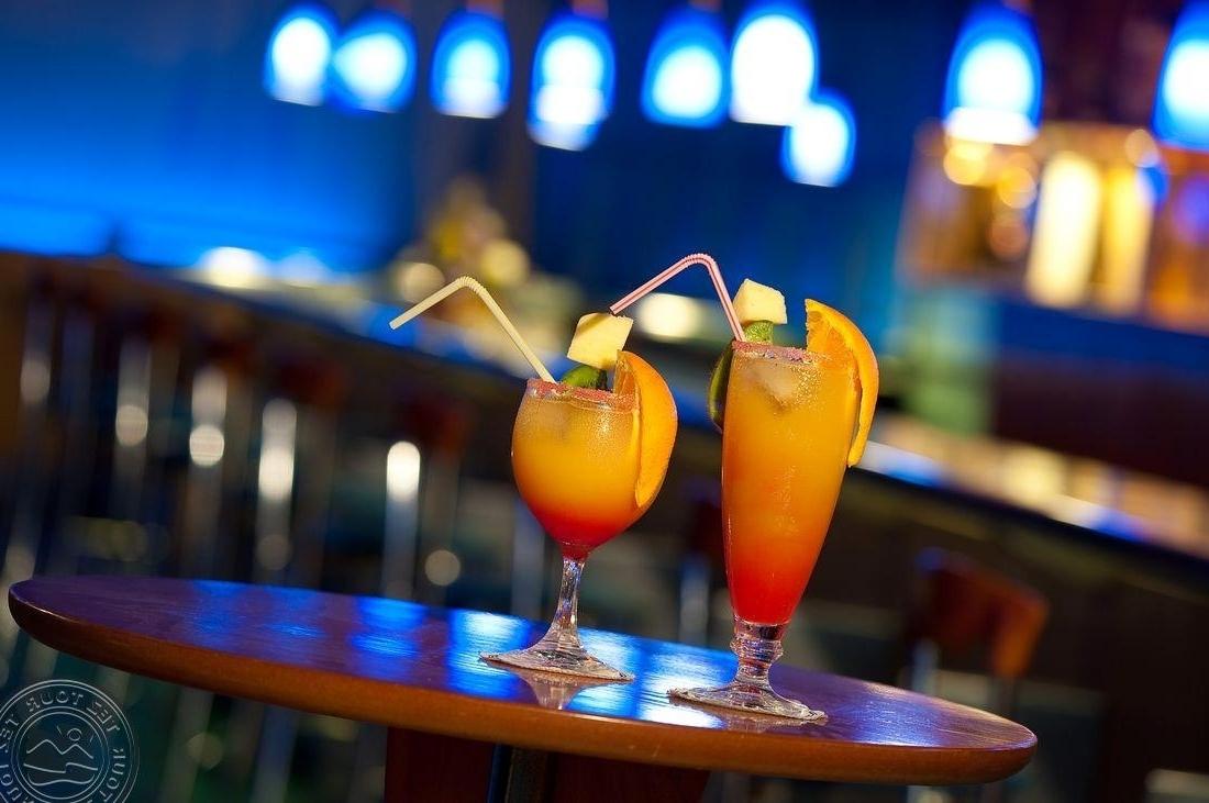 Preferred Elba Cocktail Tables With Regard To Elba Lucia Sport & Suite Hotel Hotel Viešbutis (Kanarų Salos (View 17 of 20)