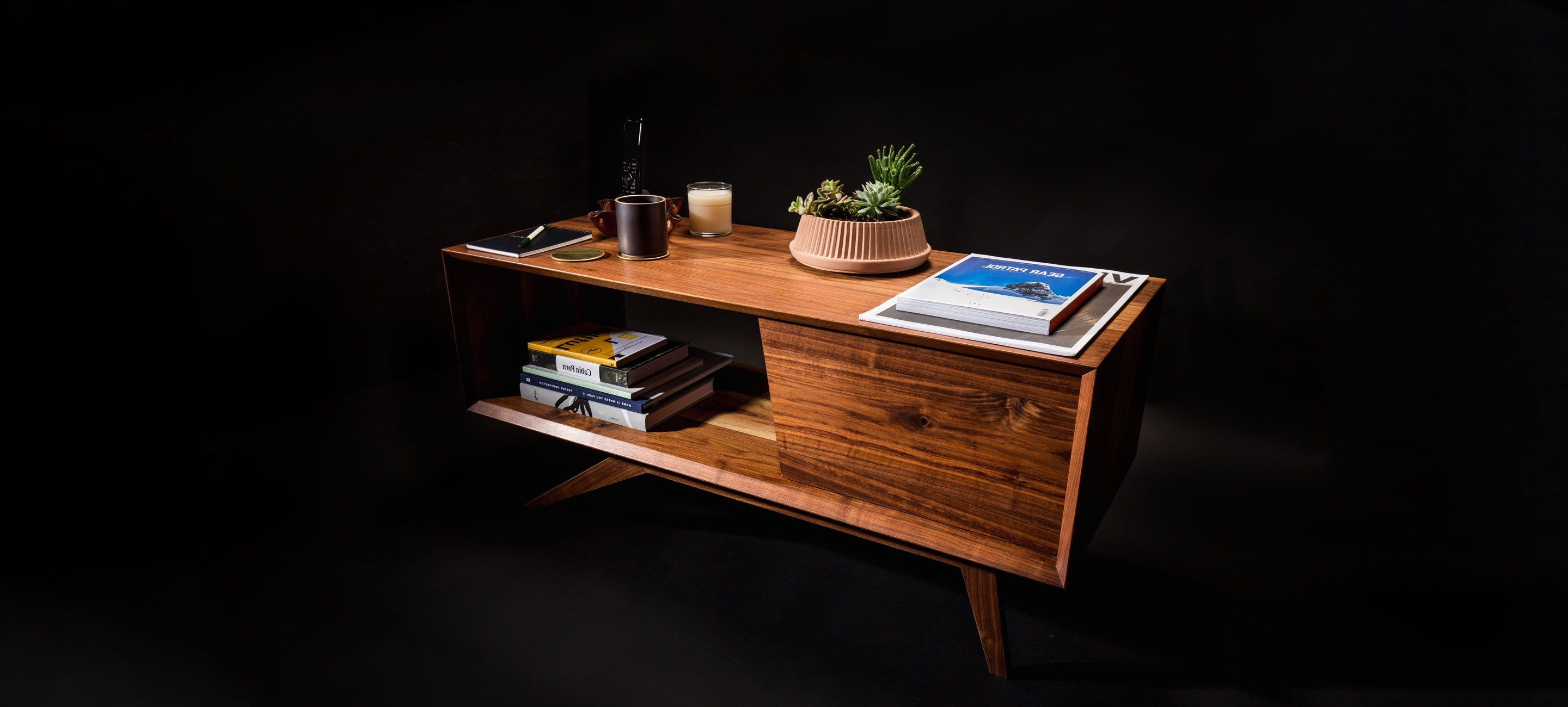 The Ultimate Coffee Table Buying Guide – Gear Patrol Regarding Latest Mountainier Cocktail Tables (View 19 of 20)