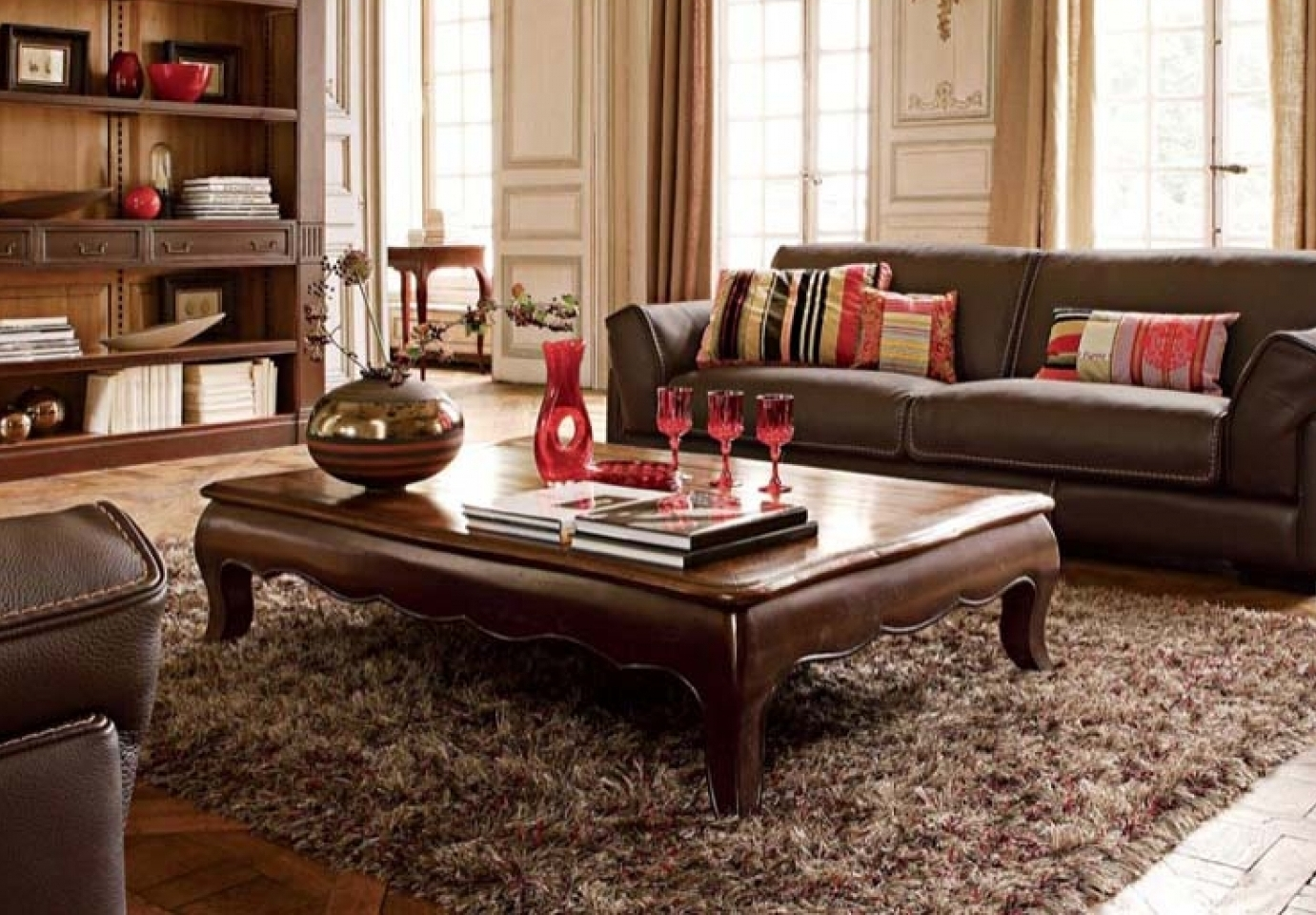 Well Known Kai Large Cocktail Tables Pertaining To Large Coffee Table Classic Design (View 3 of 20)