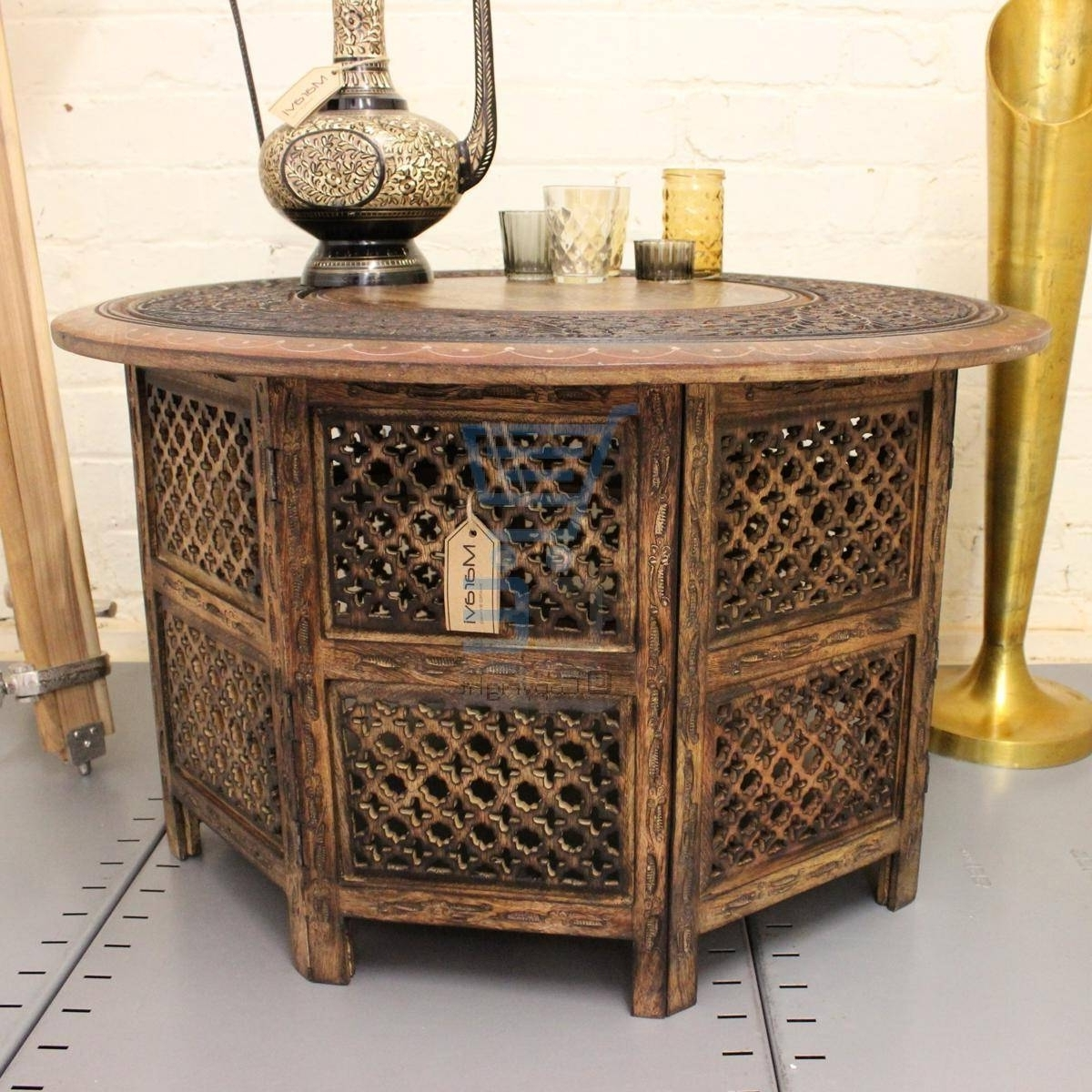 Widely Used Round Carved Wood Coffee Tables With Regard To Carved Wood Coffee Table Round – Wooden Home Design (View 5 of 20)