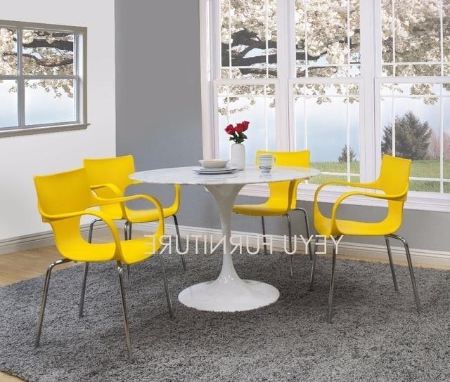 2017 Dom Side Chairs With Regard To Nowoczesny Dom Minimalistyczny Nowoczesny Design Jadalnia Side Chair (View 7 of 20)