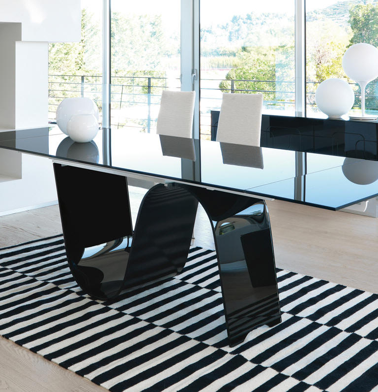 2017 Extendable Glass Dining Tables With Unico Contemporary Rectangular Infinity Extending Glass Dining Table (Gallery 17 of 20)