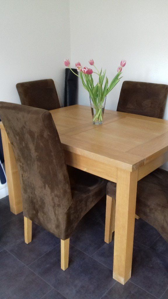 2017 Oak Extending Dining Tables And 4 Chairs In Solid Light Oak Extending Dining Table And 4 Chairs To Extend To (View 6 of 20)